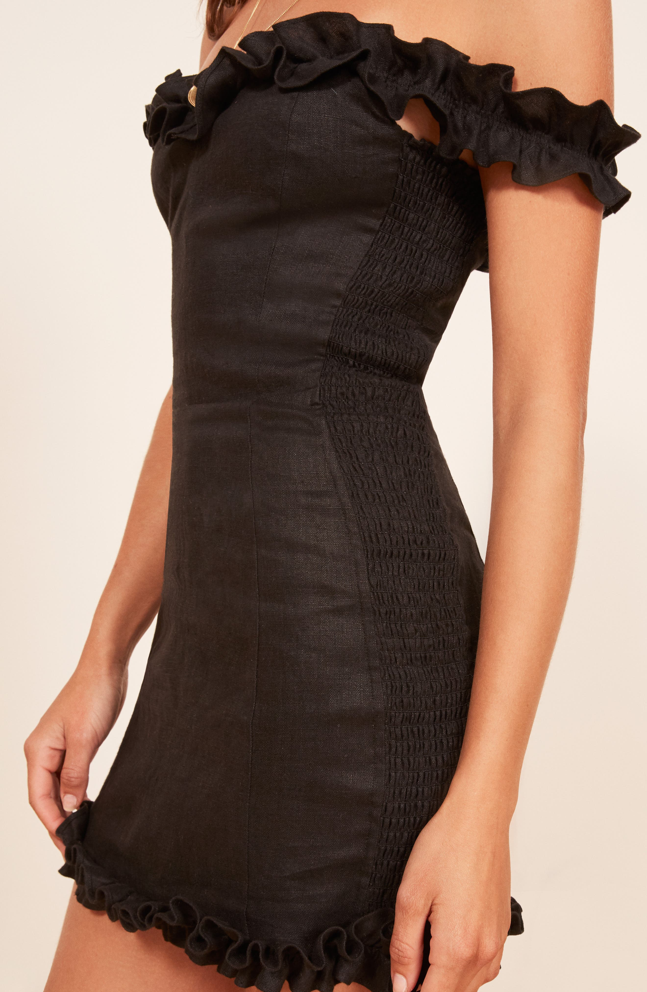 Bonita Linen Body-Con Dress,                             Alternate thumbnail 4, color,                             BLACK