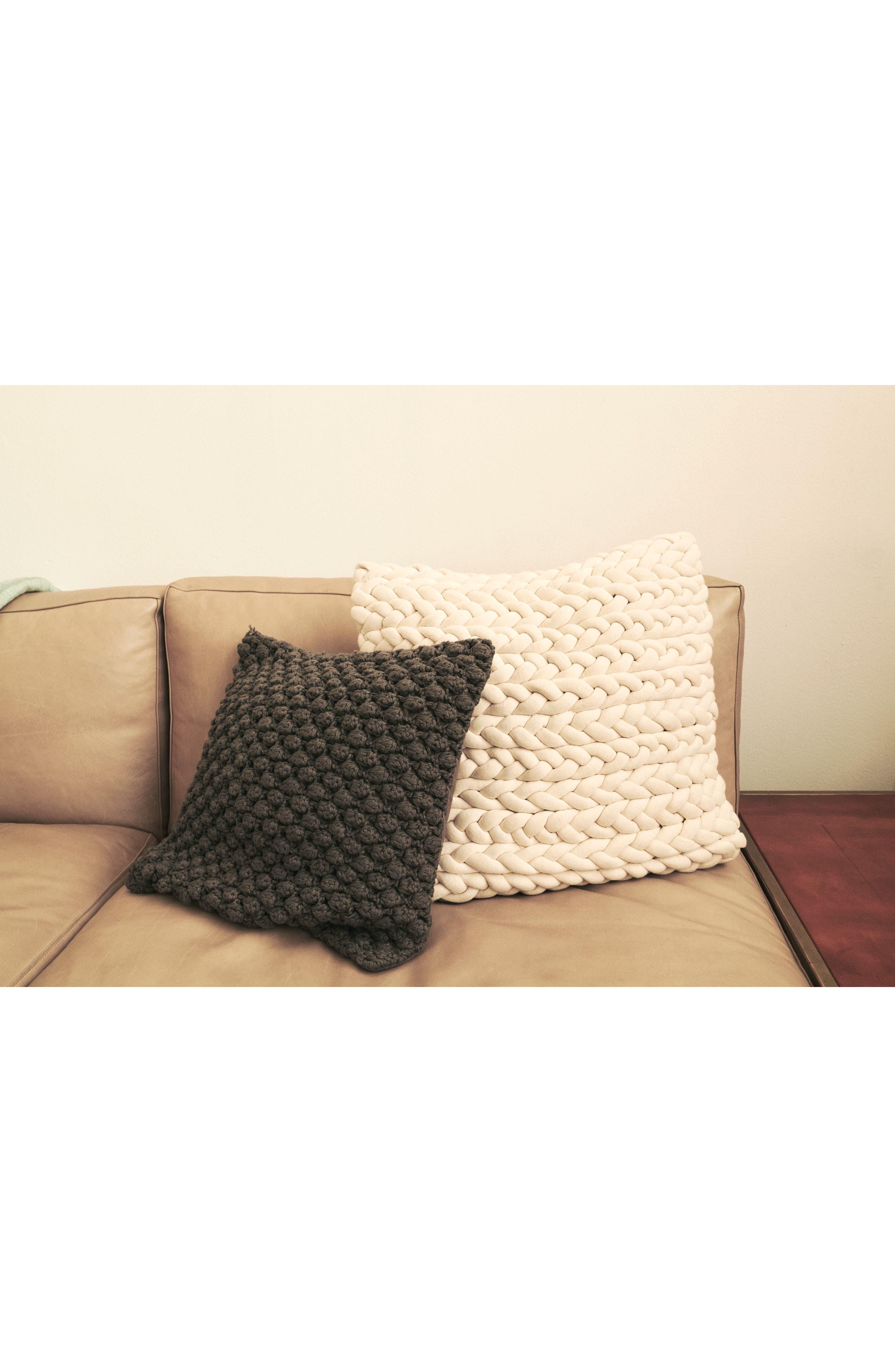 Pebble Knit Accent Pillow,                             Alternate thumbnail 5, color,                             GREY ONYX