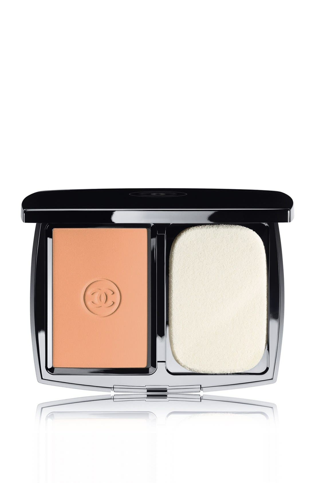DOUBLE PERFECTION LUMIÈRE<br />Long-Wear Flawless Sunscreen Powder Makeup Broad Spectrum SPF 15,                             Main thumbnail 7, color,