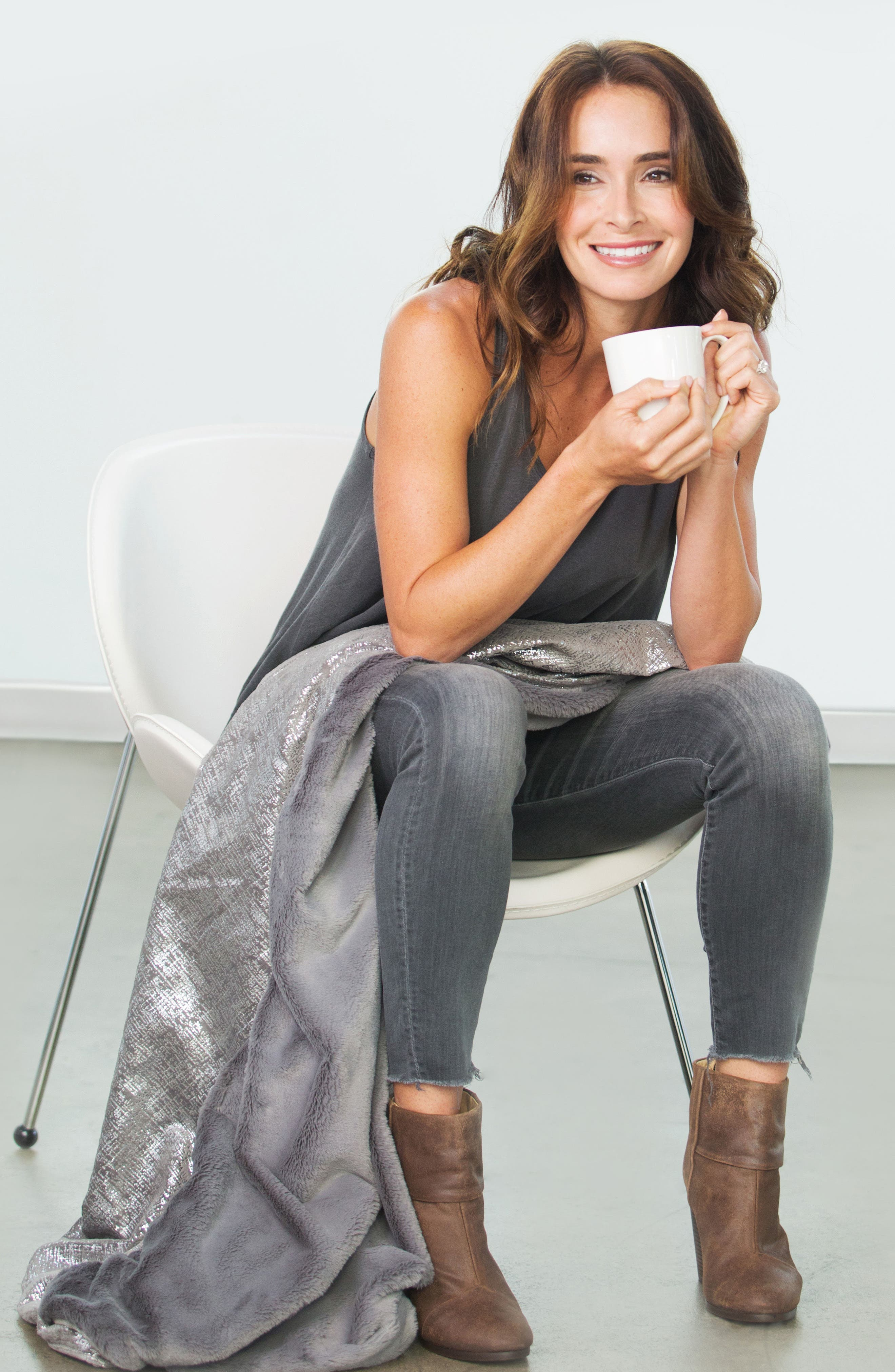 Luxe<sup>™</sup> Lustre Rain Throw,                             Alternate thumbnail 3, color,                             CHARCOAL