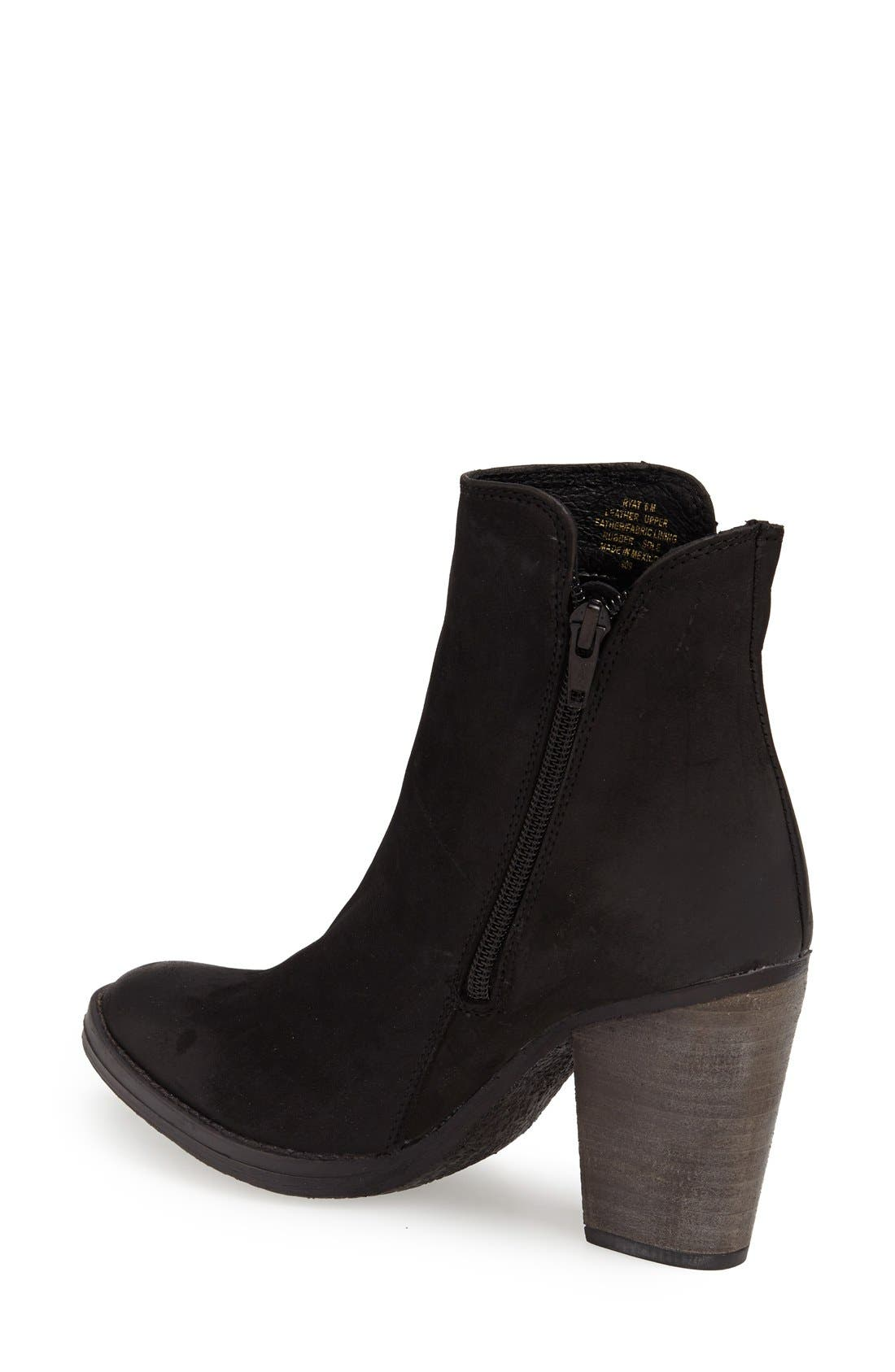 'Ryat' Leather Ankle Bootie,                             Alternate thumbnail 3, color,                             001