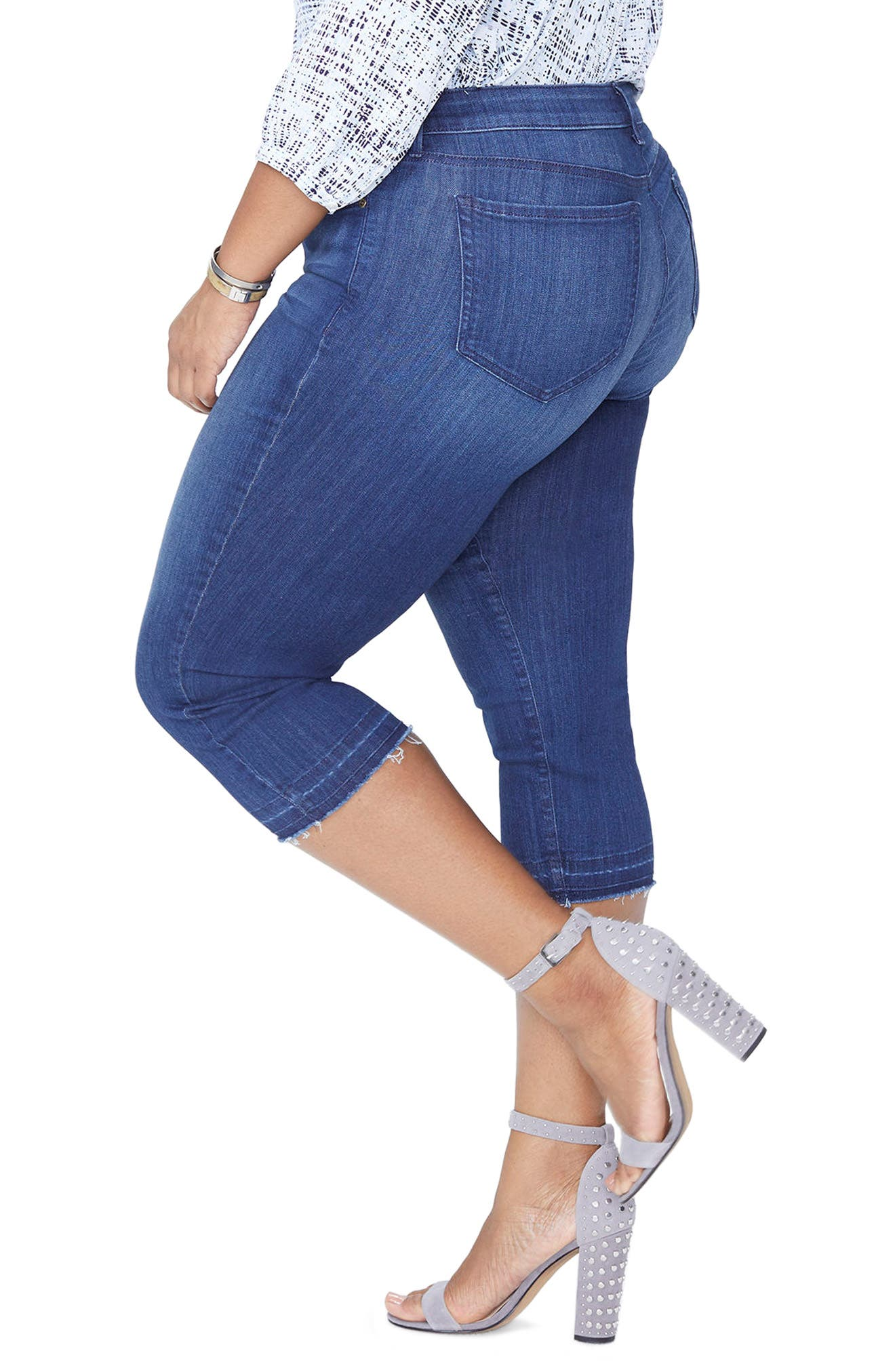 Release Hem Capri Skinny Jeans,                             Alternate thumbnail 3, color,                             LARK