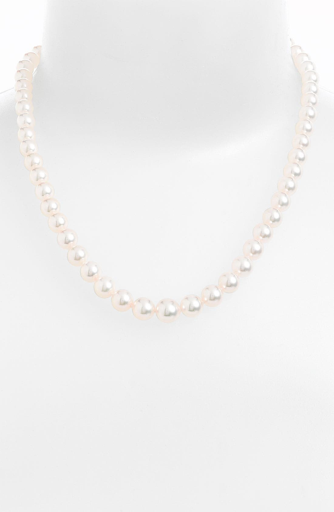 Graduated Pearl Necklace,                             Main thumbnail 1, color,                             AKOYA PEARL