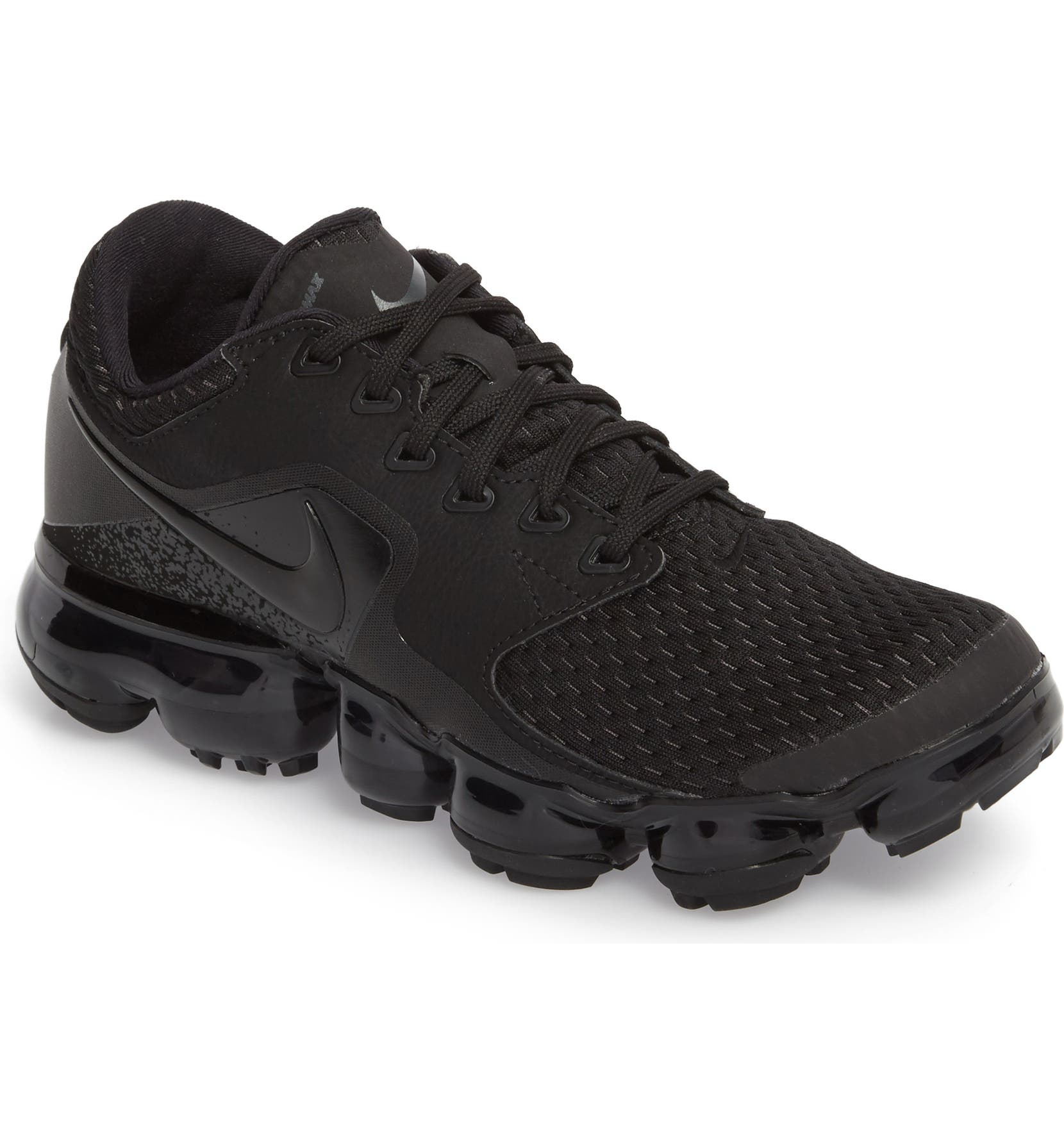 349e09844fb Nike Air VaporMax GS Running Shoe (Big Kid)