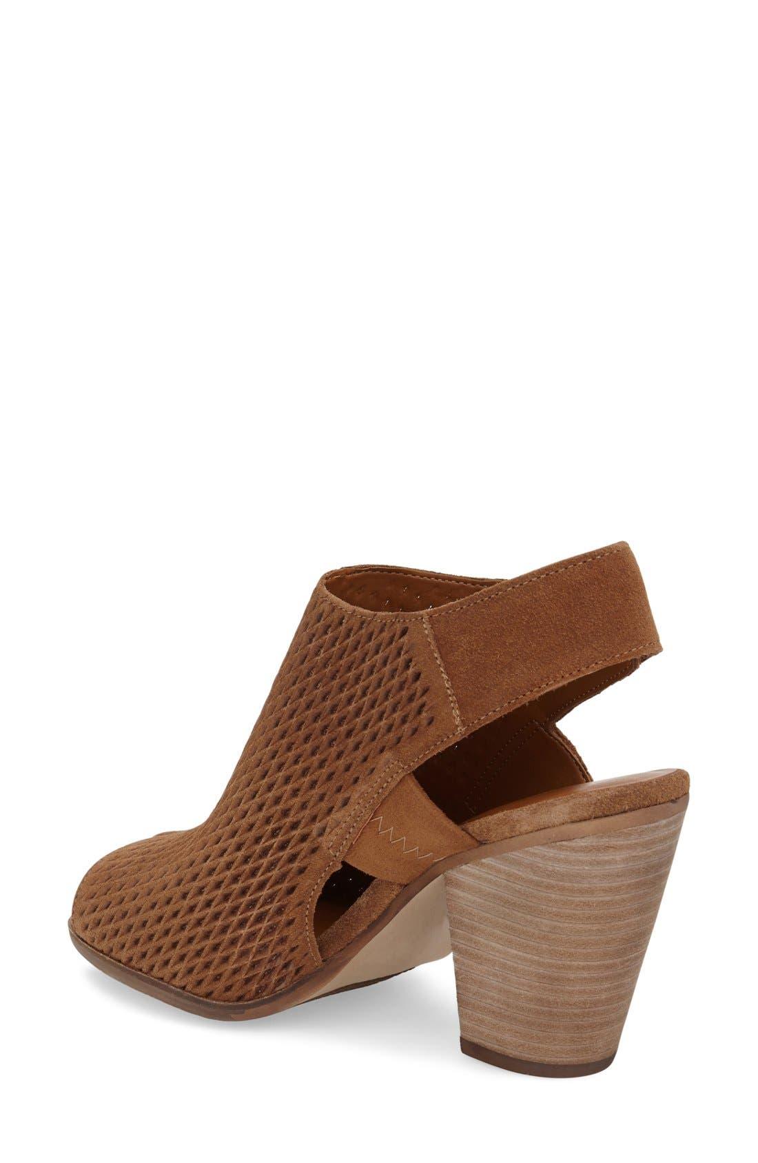 'Janel' Perforated Slingback Sandal,                             Alternate thumbnail 3, color,                             201