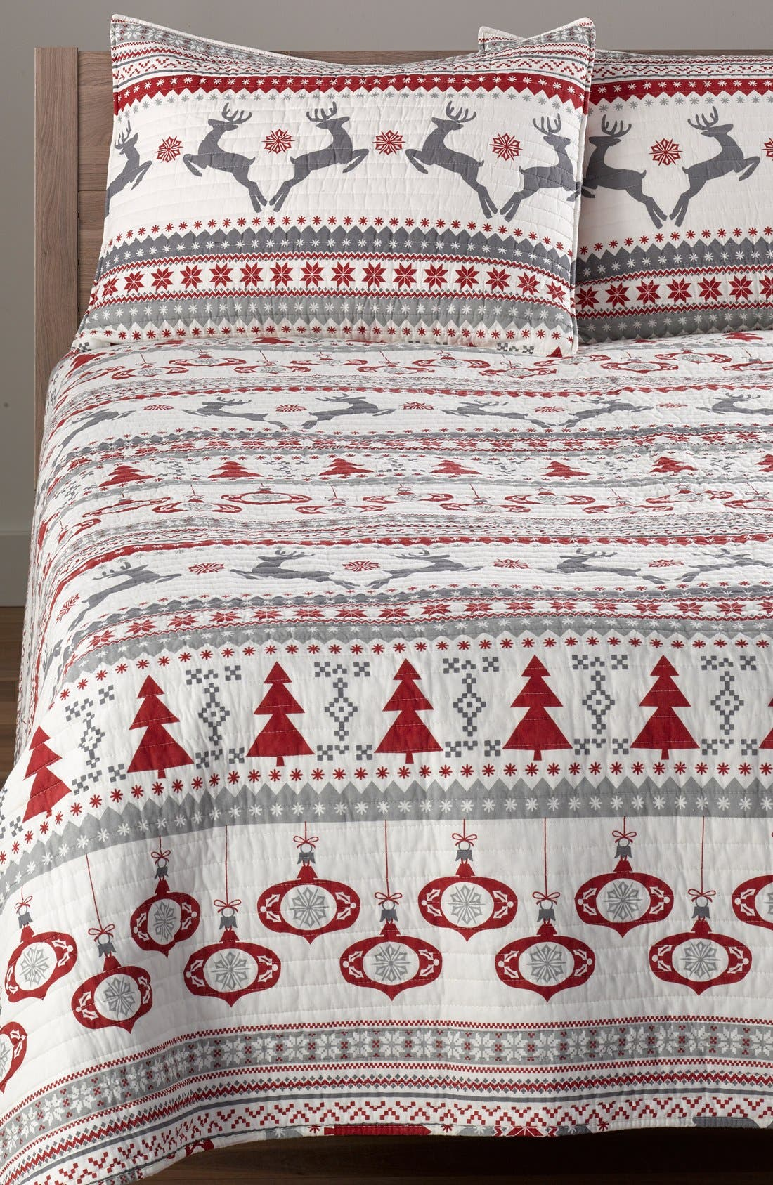 LEVTEX 'Silver Bells' Reversible Quilt, Main, color, 600