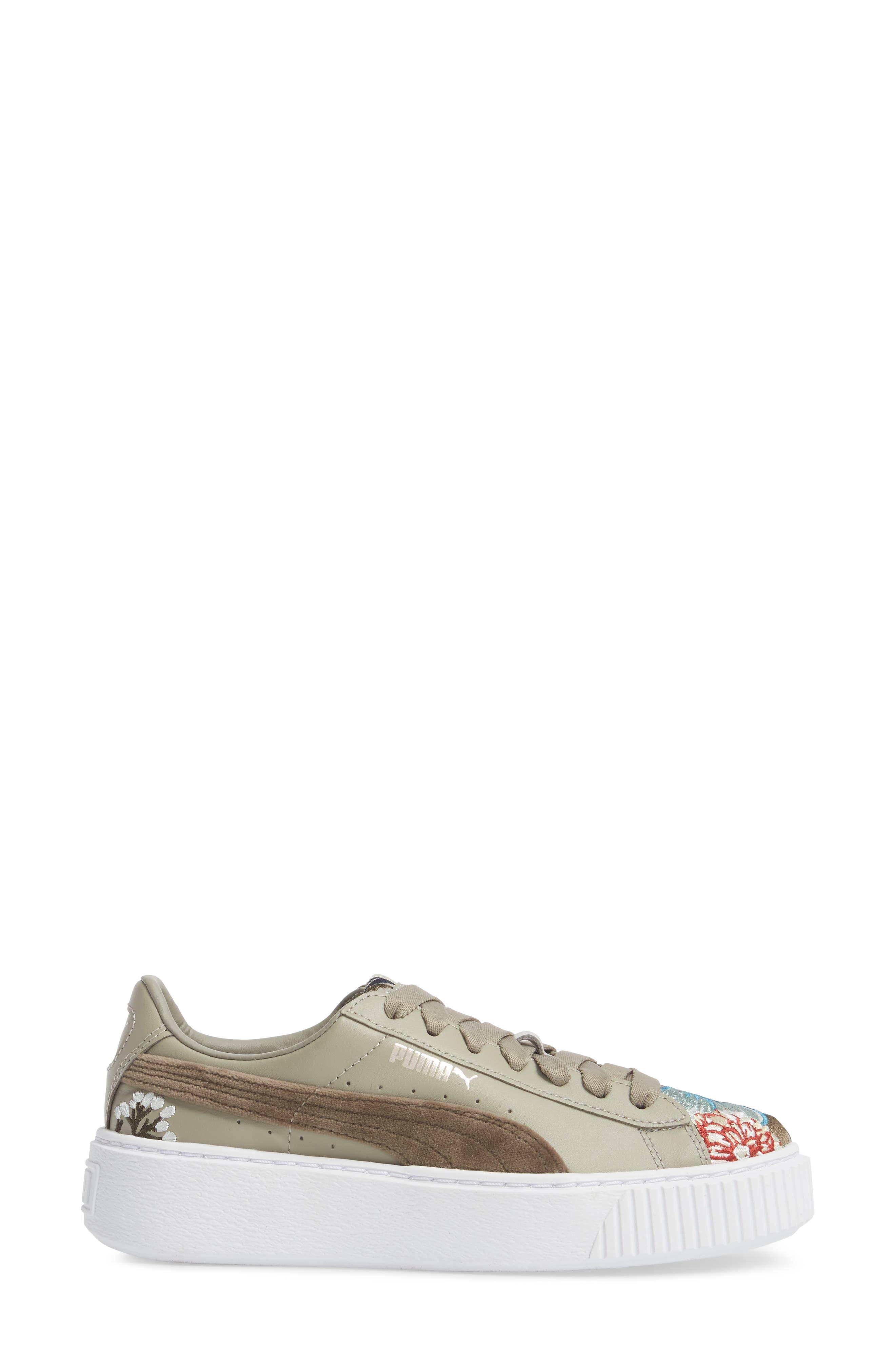 Platform Hyper Embroidered Sneaker,                             Alternate thumbnail 5, color,