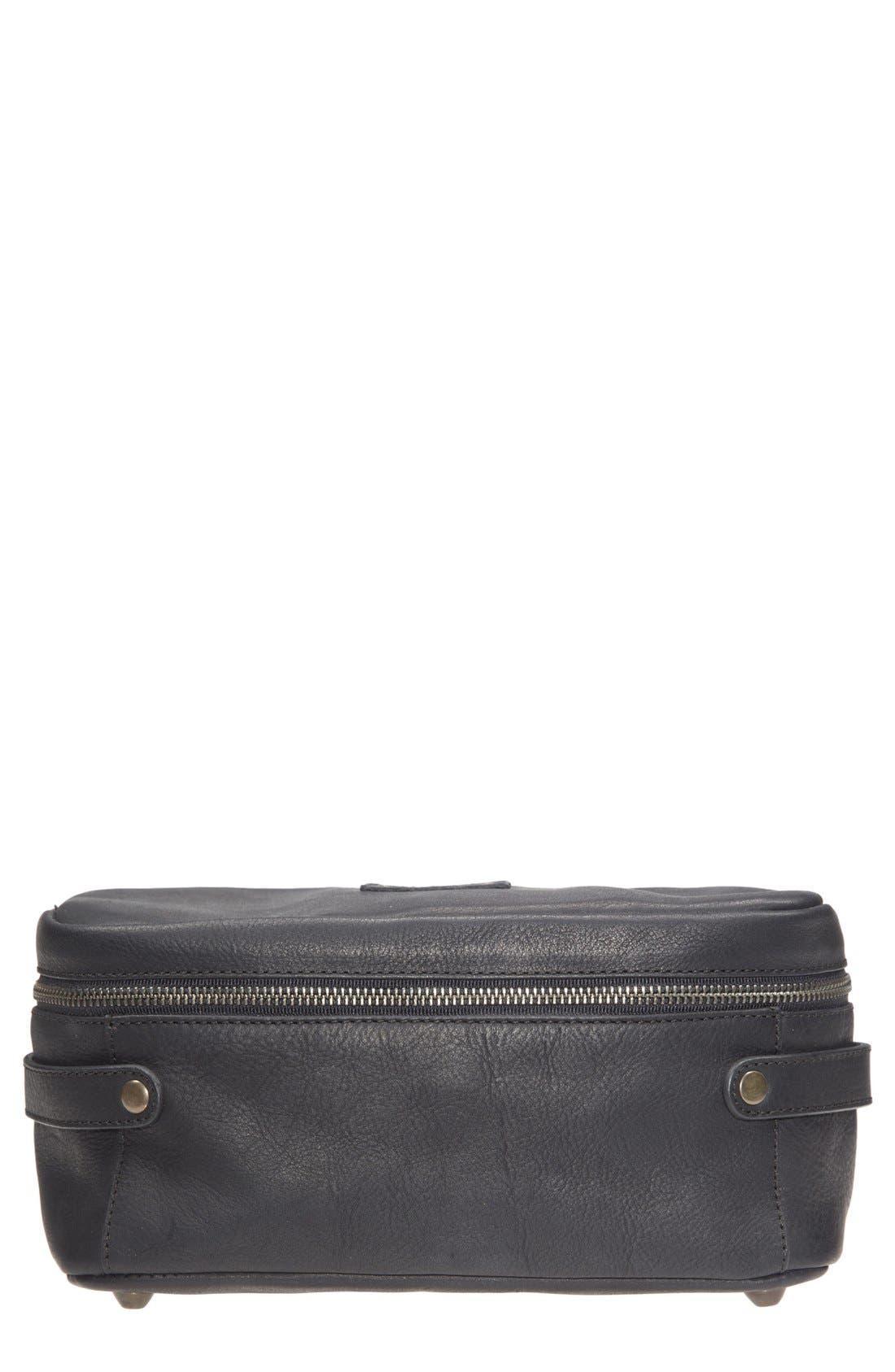 'Desmond' Travel Kit,                         Main,                         color, 001