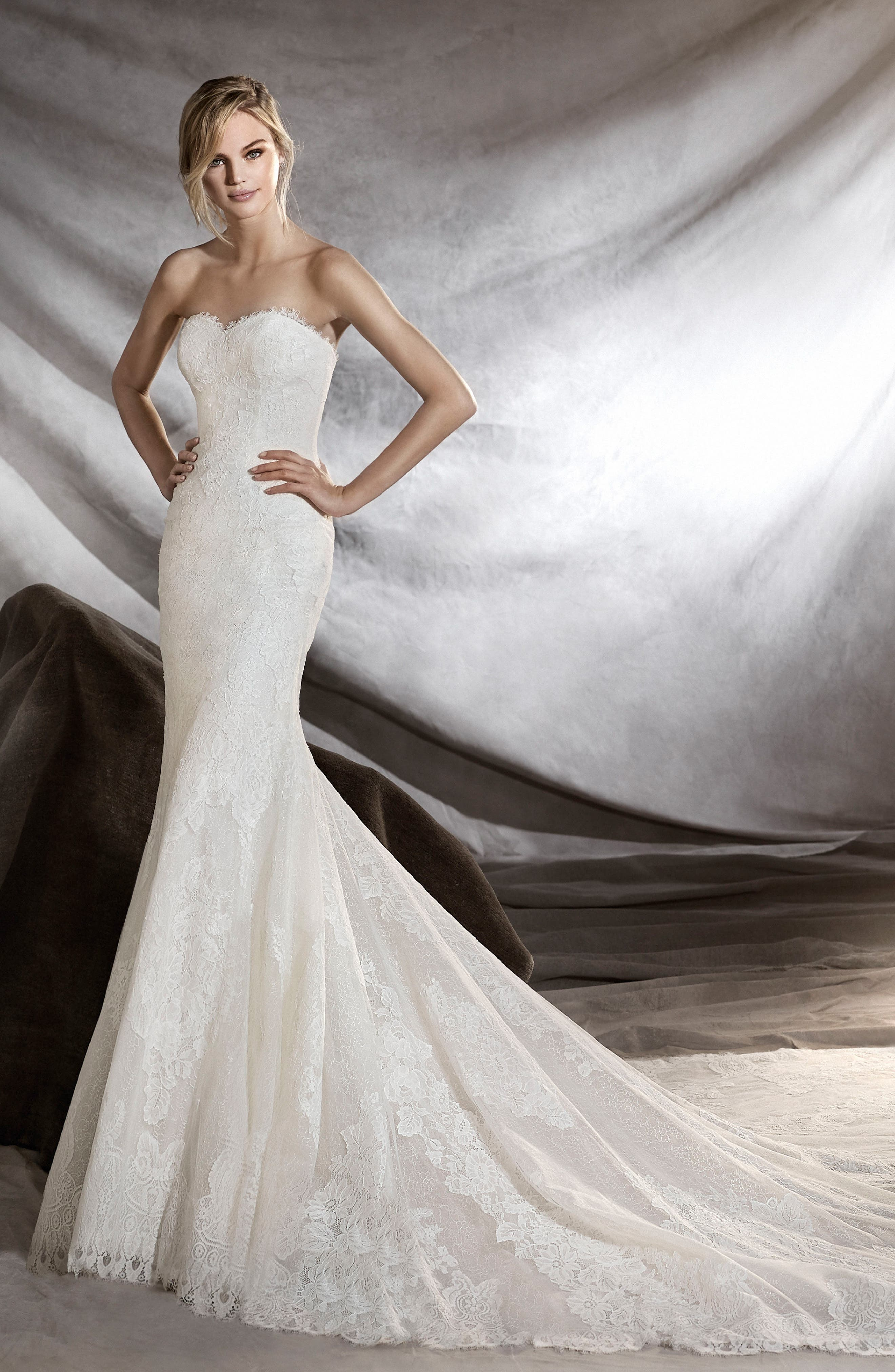 Orilla Strapless Lace Tulle Mermaid Gown,                             Alternate thumbnail 2, color,