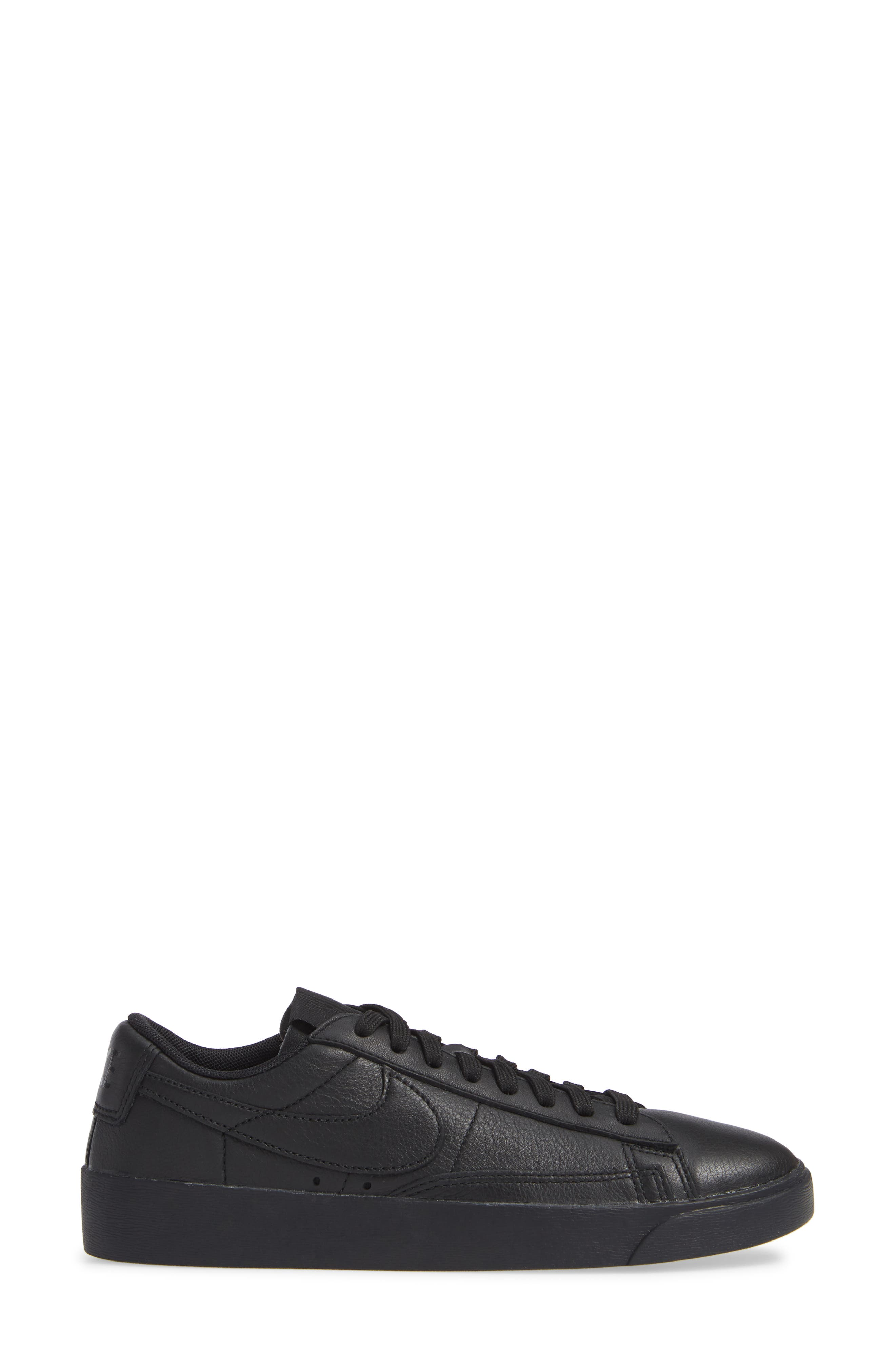 Blazer Low SE Sneaker,                             Alternate thumbnail 3, color,                             BLACK/ BLACK-BLACK
