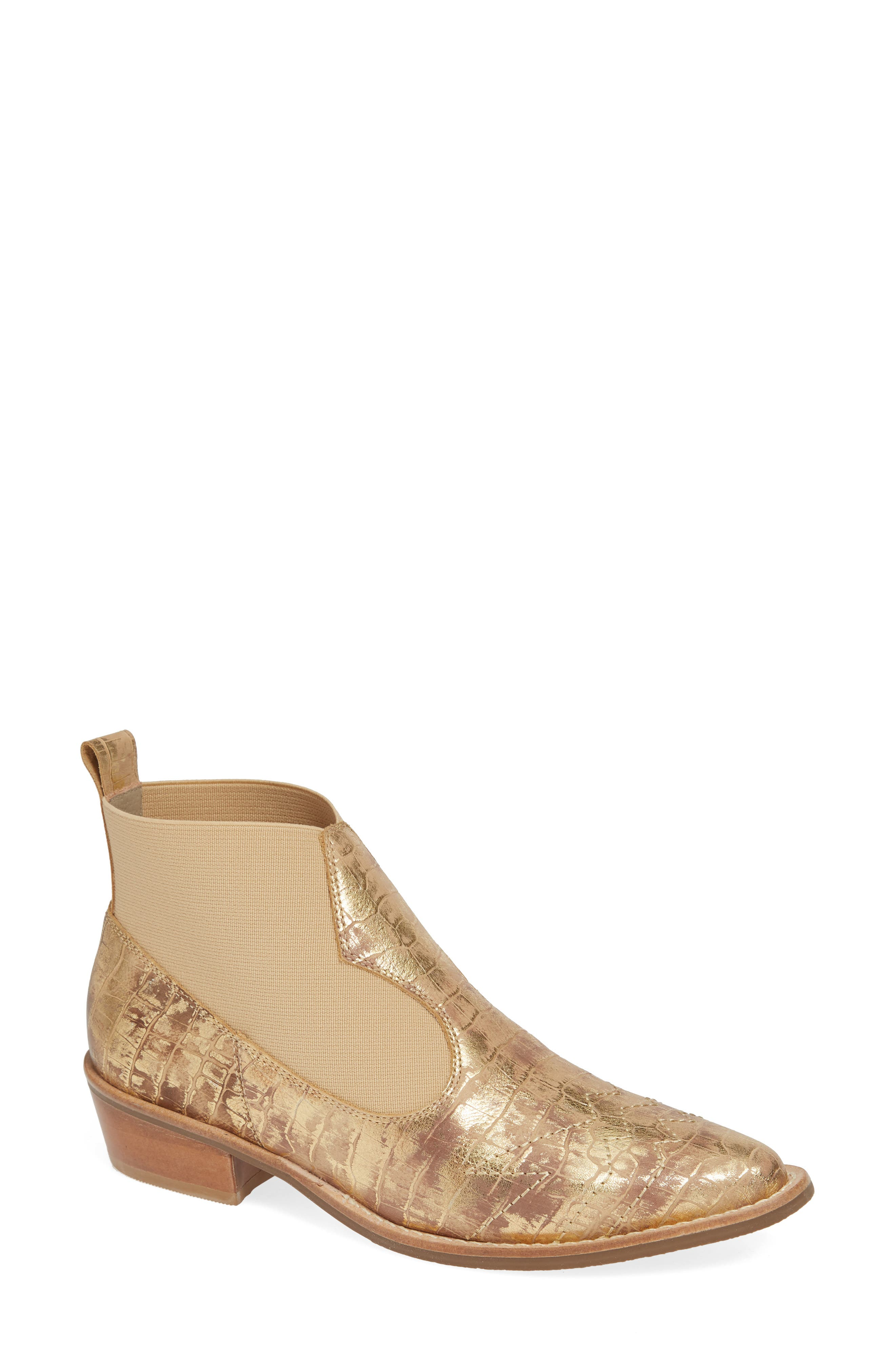 MATISSE Sweet Jane Bootie in Gold Leather