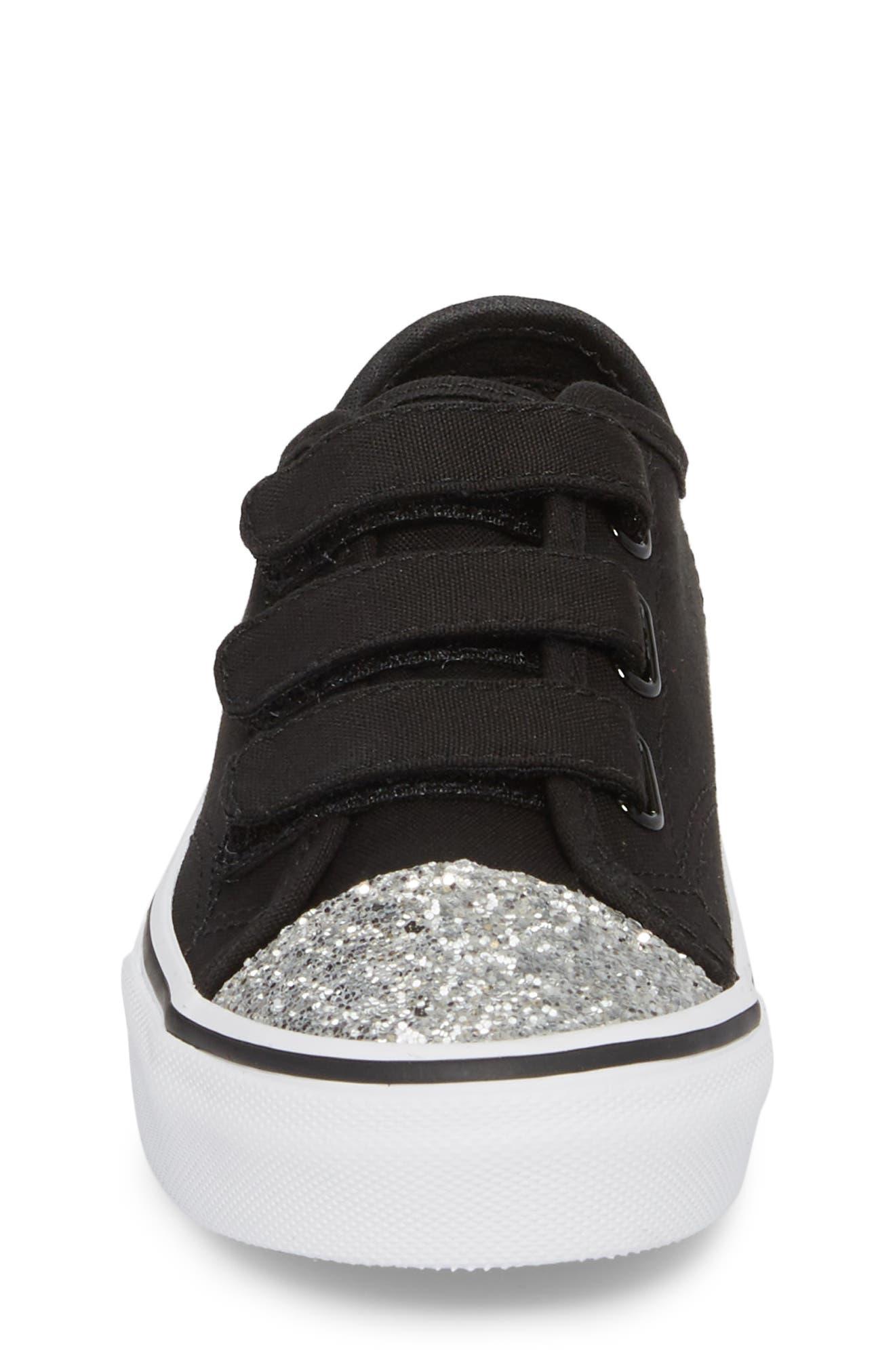 Style 23 V Sneaker,                             Alternate thumbnail 4, color,                             001
