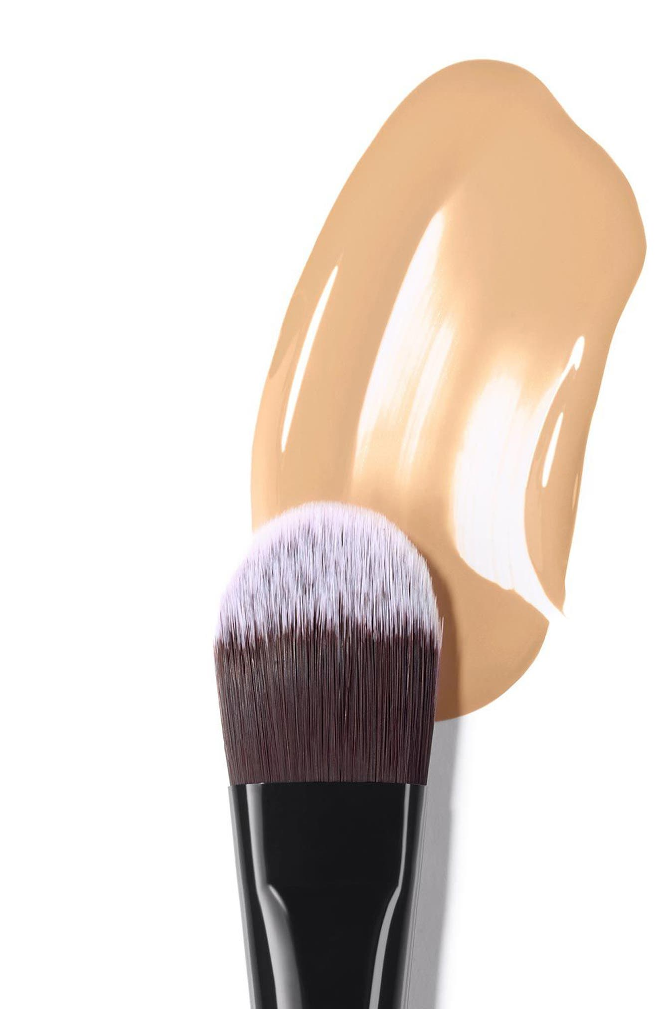 LES PINCEAUX DE CHANEL<br />Foundation Brush,                             Alternate thumbnail 2, color,                             NO COLOR