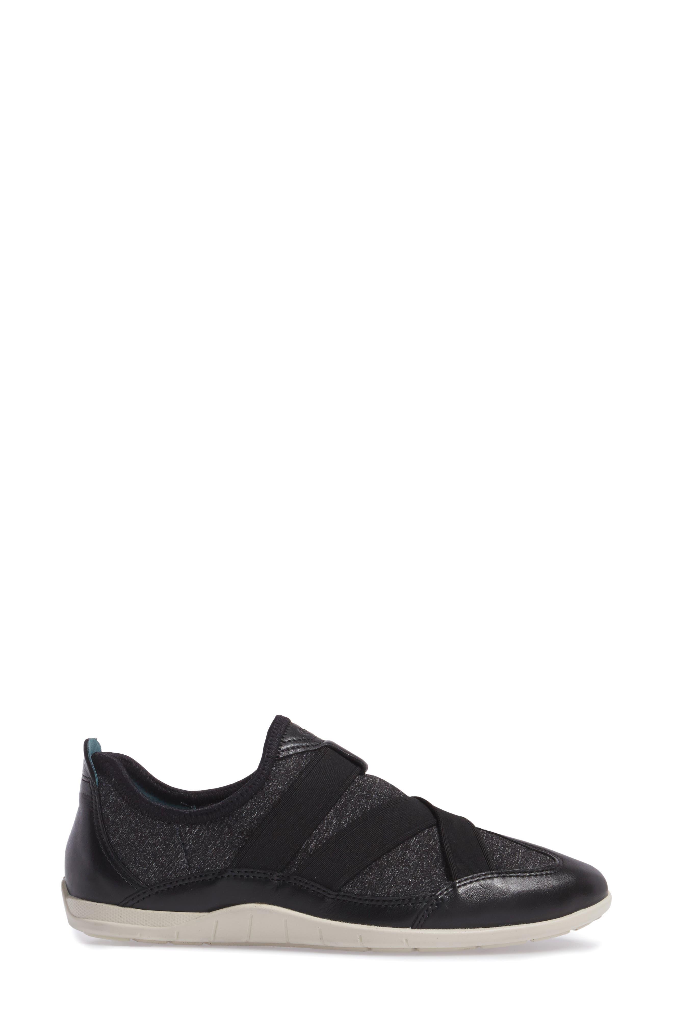 'Bluma' Sneaker,                             Alternate thumbnail 3, color,                             010