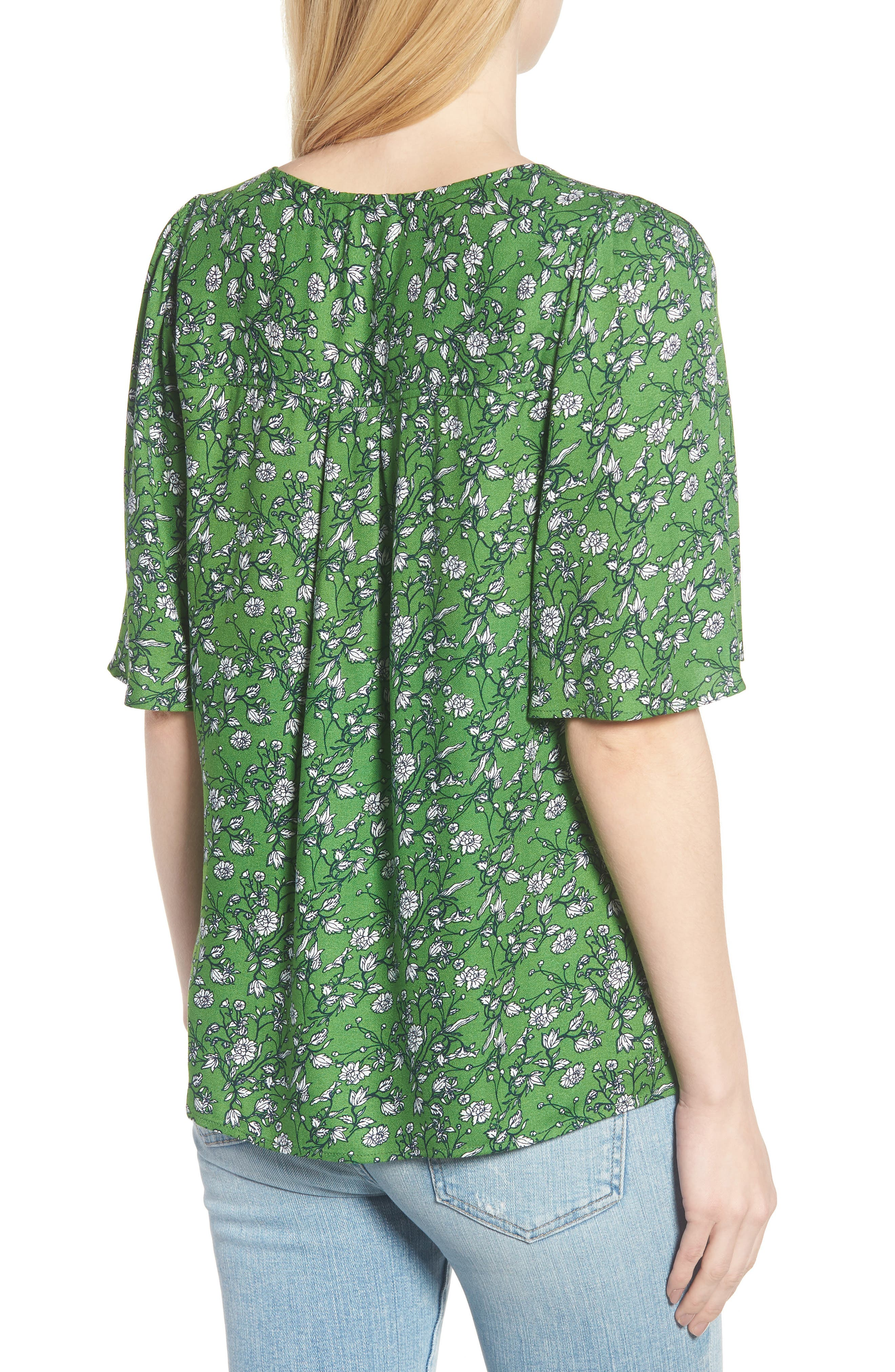 Button Front V-Neck Top,                             Alternate thumbnail 2, color,                             GREEN CANOPY FLOWER BRANCHES
