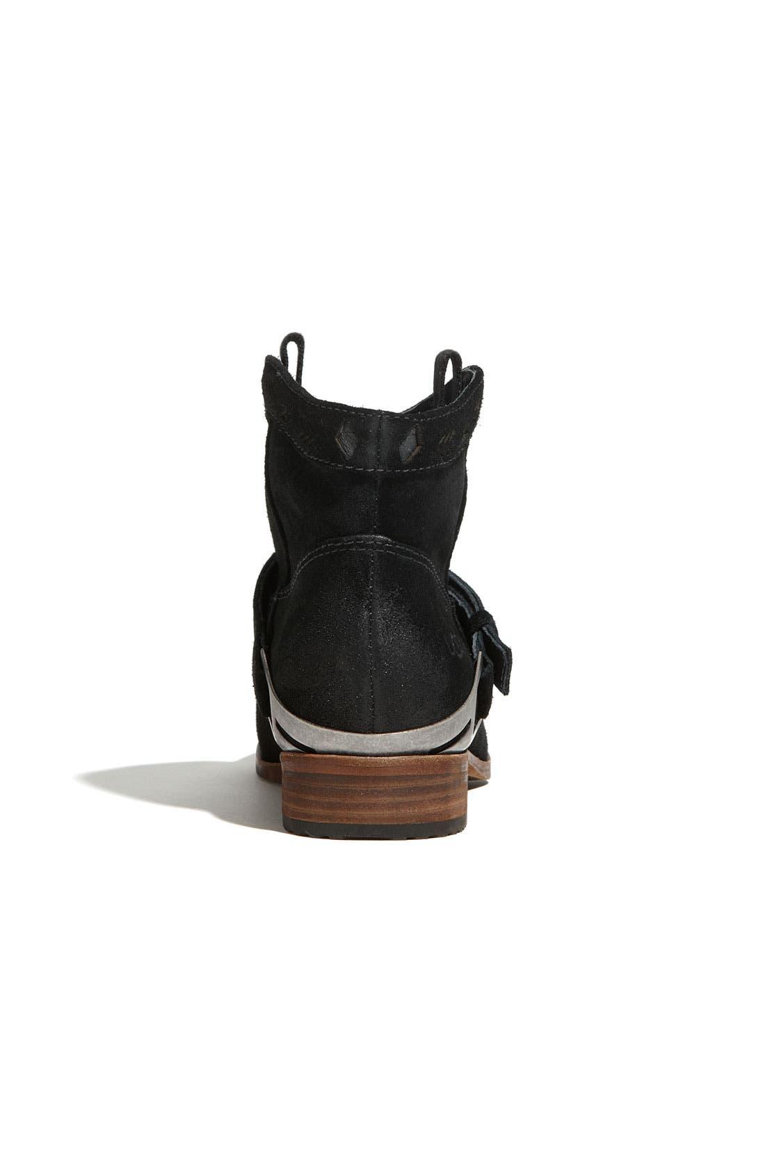 Australia 'Austin' Ankle Boot,                             Alternate thumbnail 4, color,                             001
