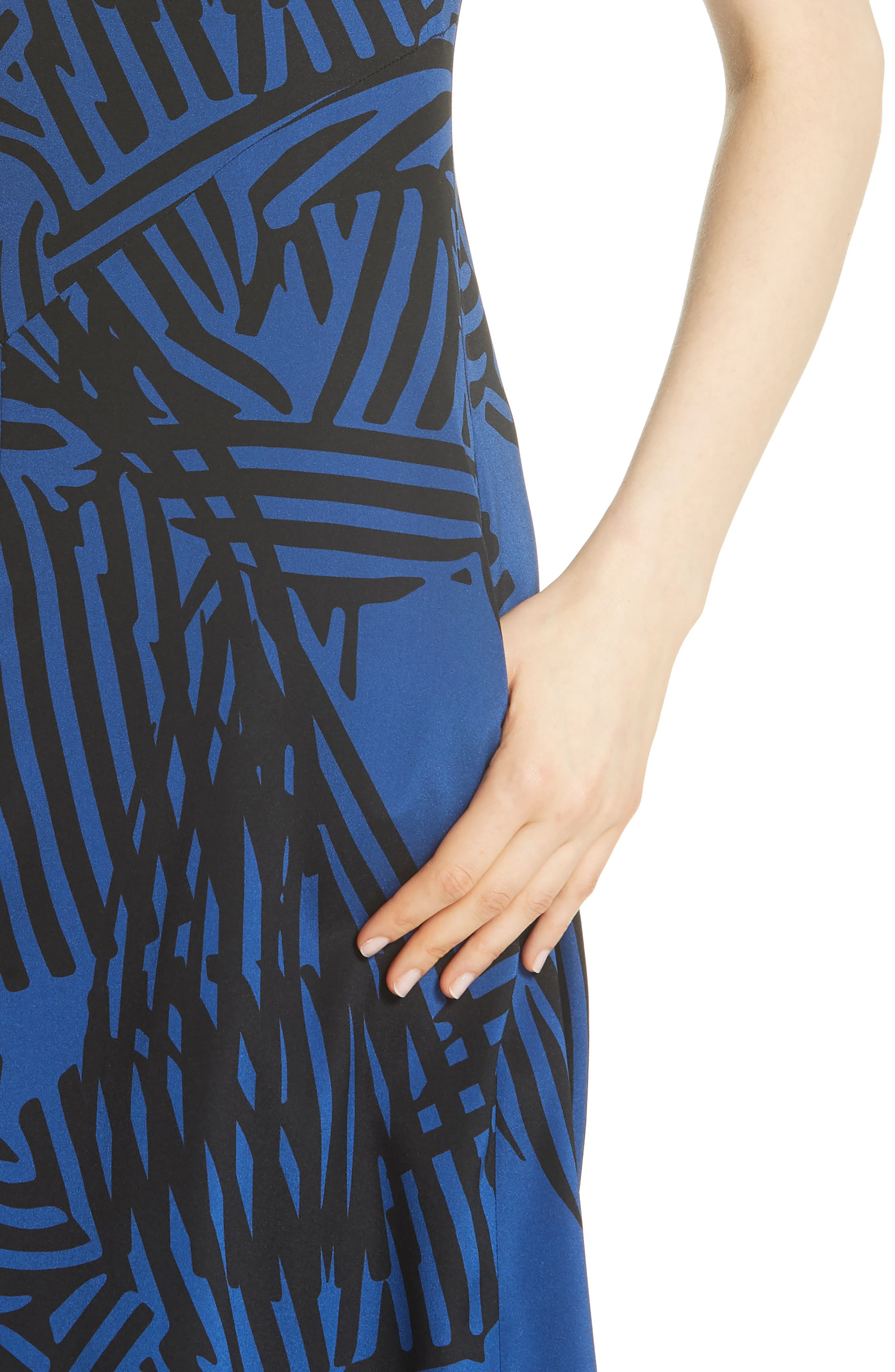 Ribbon Print Stretch Silk Dress,                             Alternate thumbnail 4, color,                             400