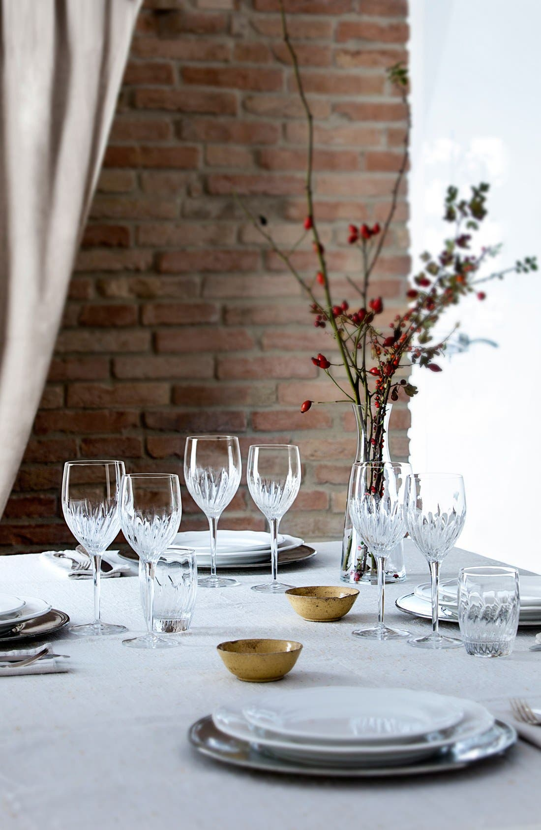 Incanto Set of 4 White Wine Glasses,                             Alternate thumbnail 2, color,                             000