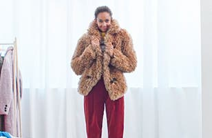 How to wear statement coats