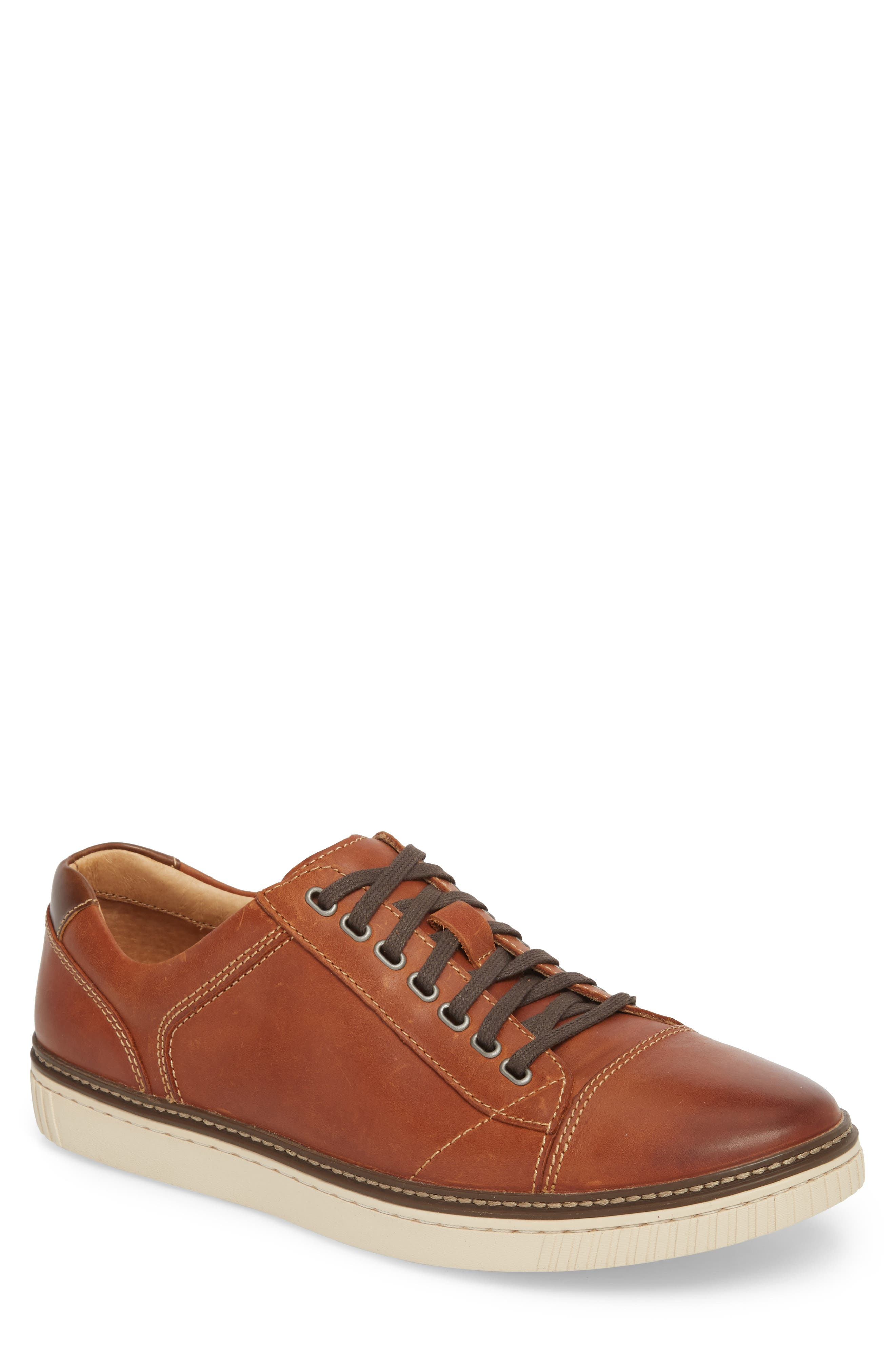 Wallace Low Top Sneaker,                         Main,                         color, TAN NUBUCK