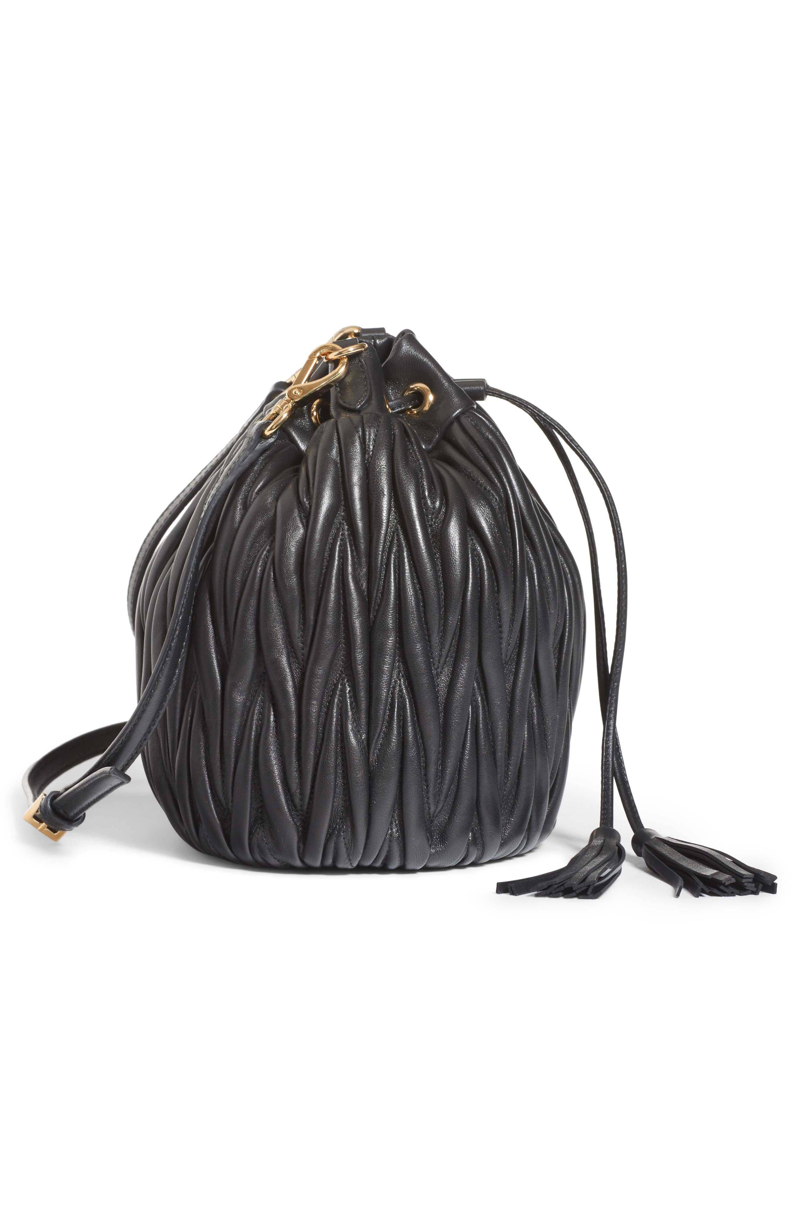 Small Matelassé Leather Bucket Bag,                             Alternate thumbnail 5, color,                             NERO