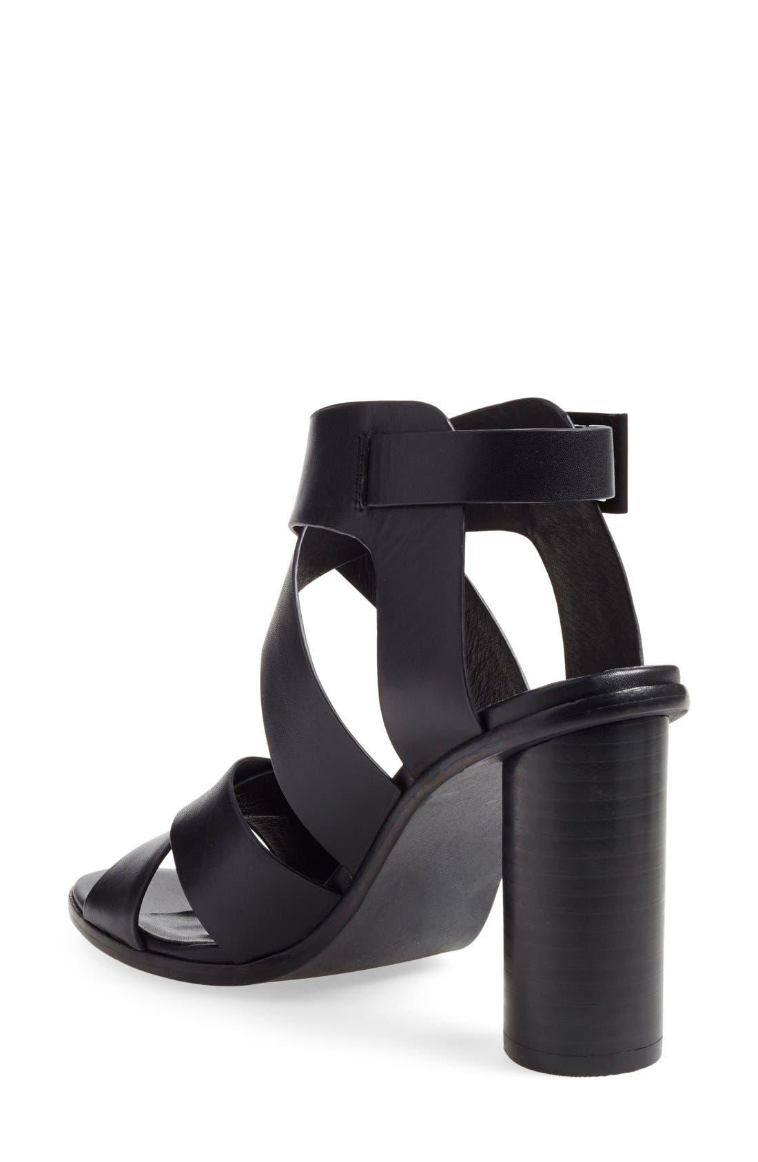 'Avery' Crisscross Block Heel Sandal,                             Alternate thumbnail 3, color,                             002