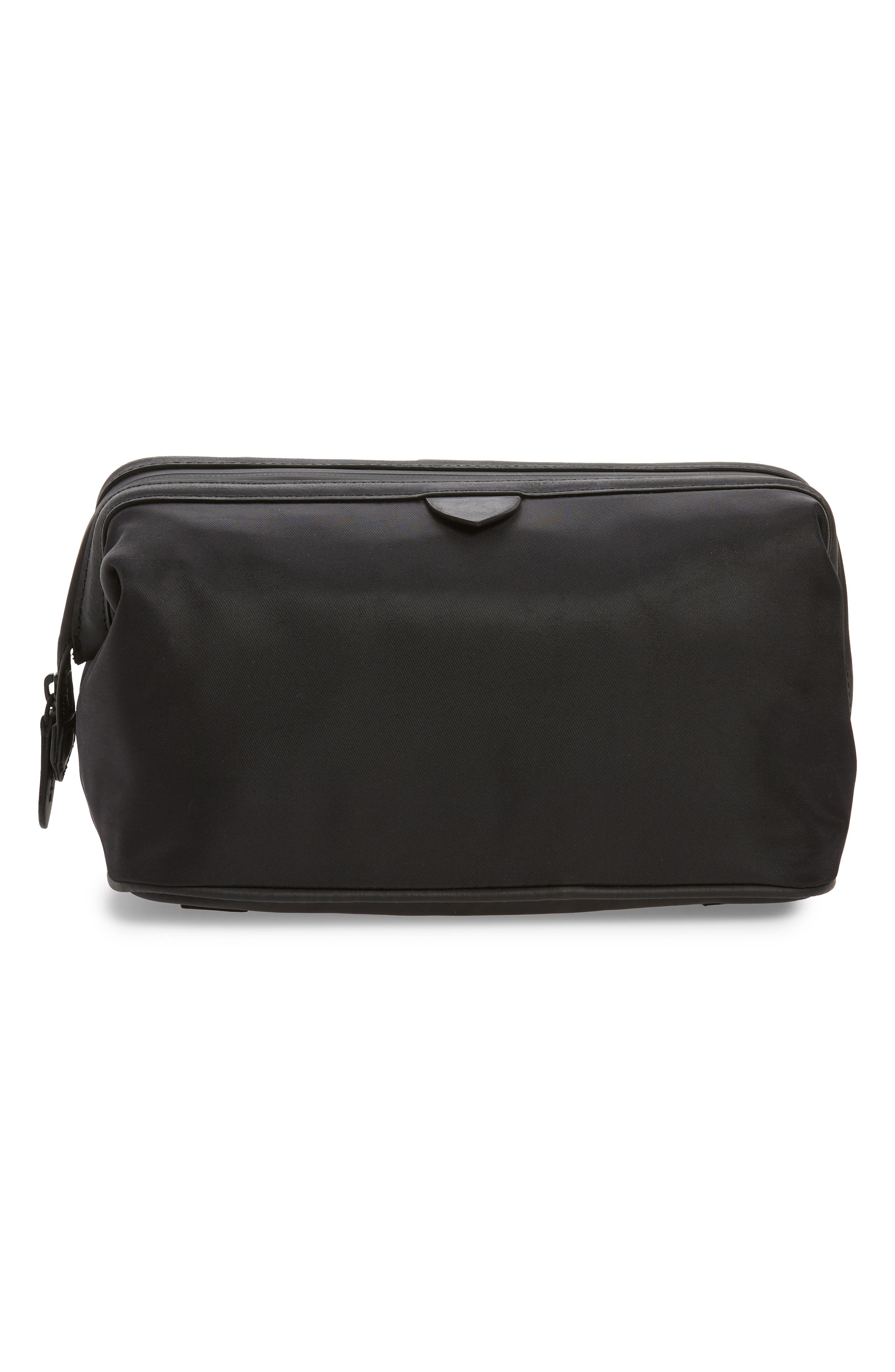 Zerogrand Toiletry Bag in Black