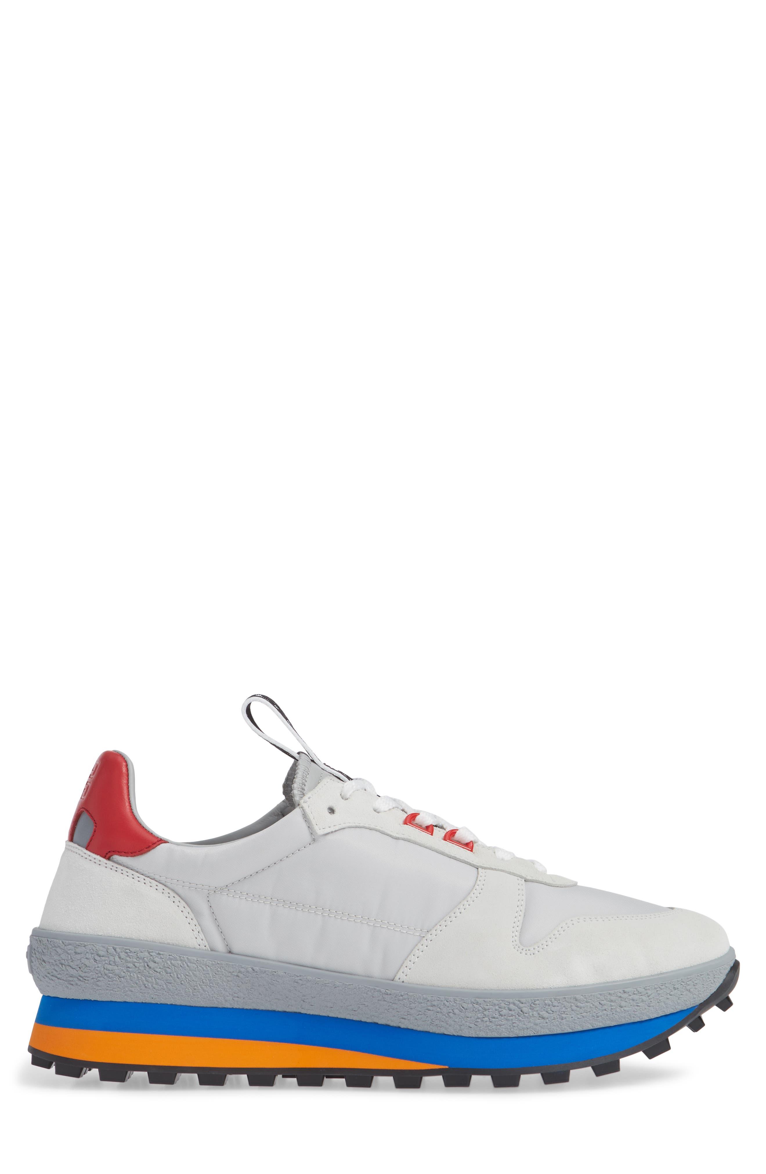 TR3 Low Runner Sneaker,                             Alternate thumbnail 3, color,                             061