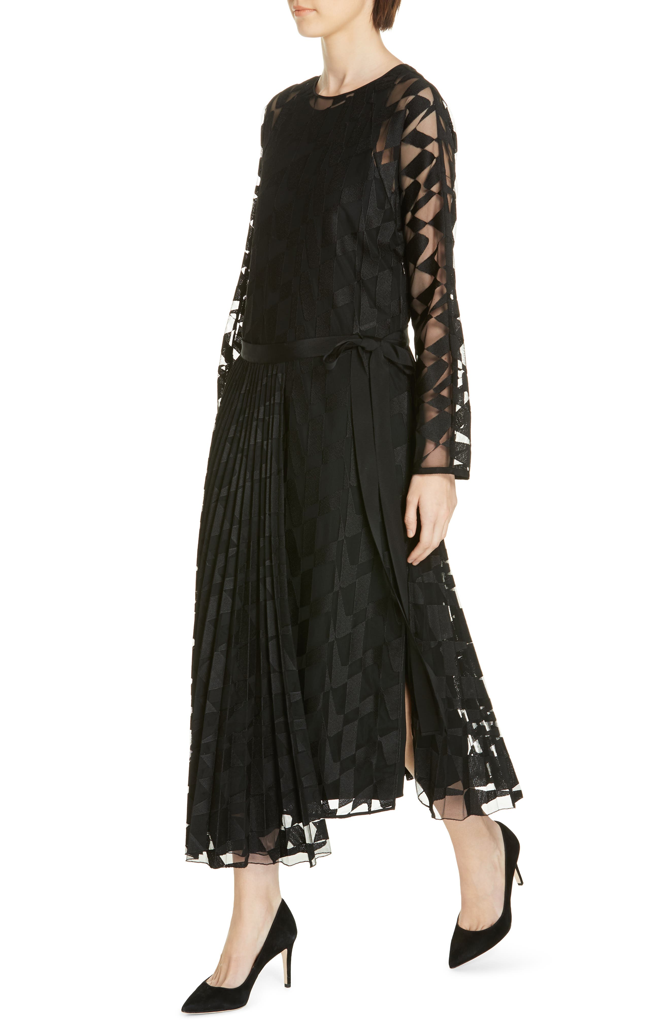 Dalace Pleat & Geo Print Midi Dress,                             Alternate thumbnail 4, color,                             BLACK