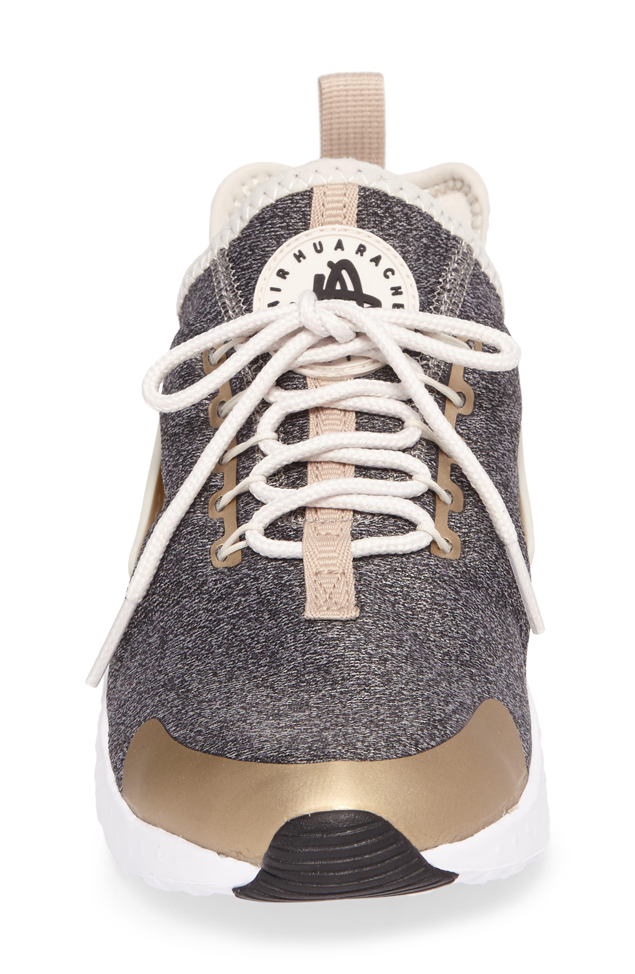'Air Huarache Run Ultra SE' Sneaker,                             Alternate thumbnail 4, color,                             285