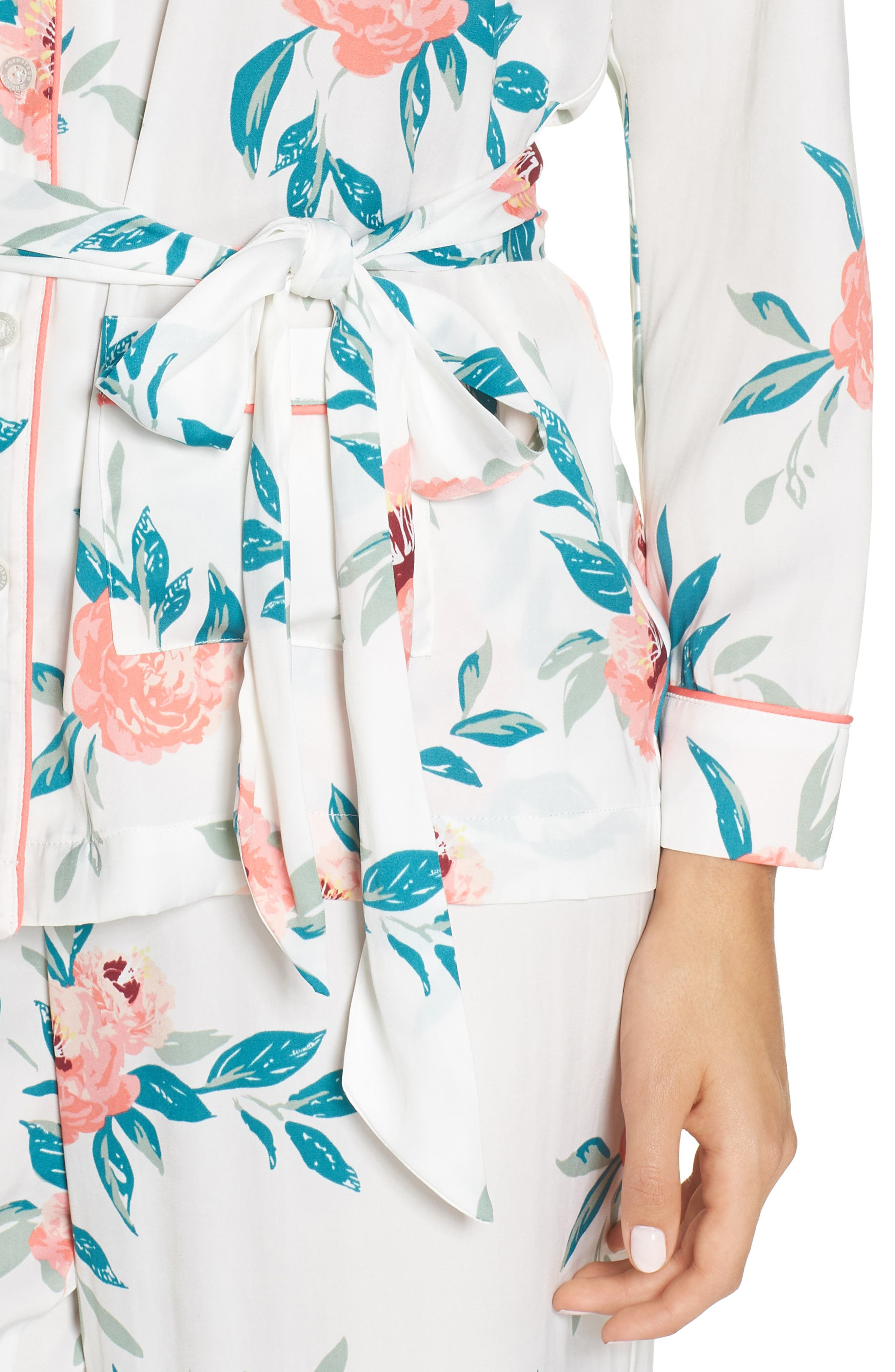 Sweet Dreams Wrap Pajamas,                             Alternate thumbnail 4, color,                             WHITE WINTER BLOOM