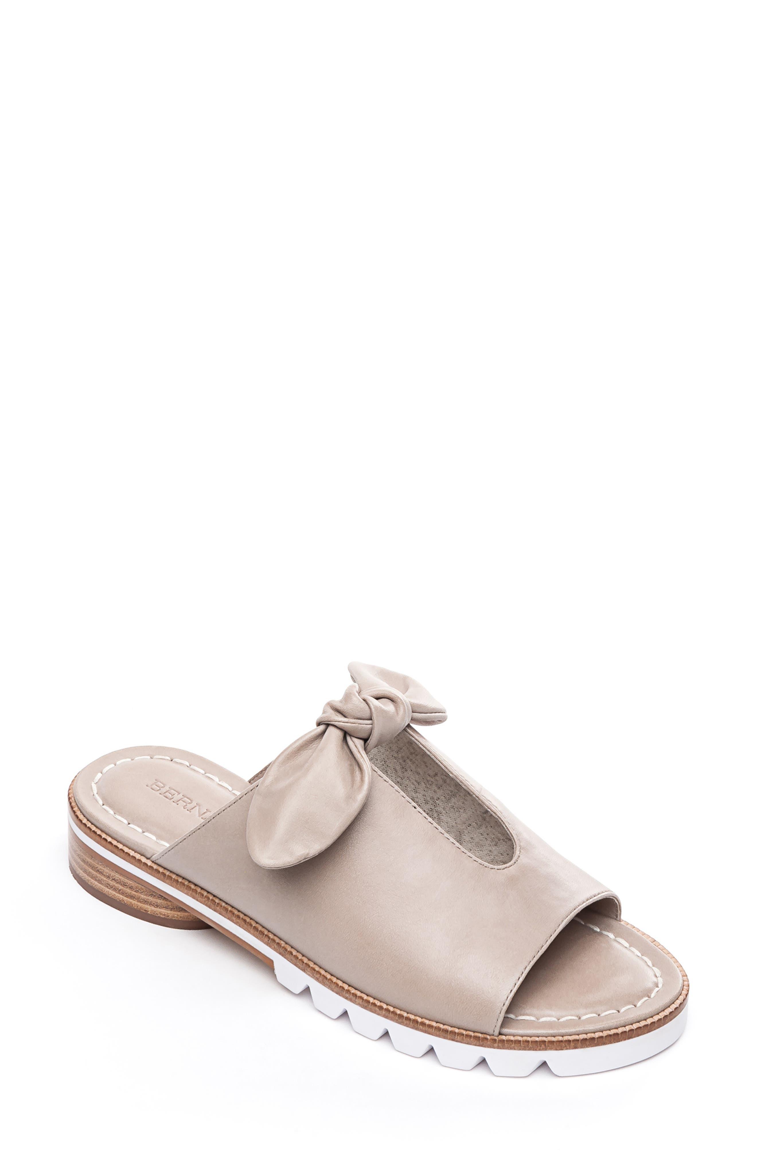 65df5a8553df Bernardo Alice Bow Slide Sandal