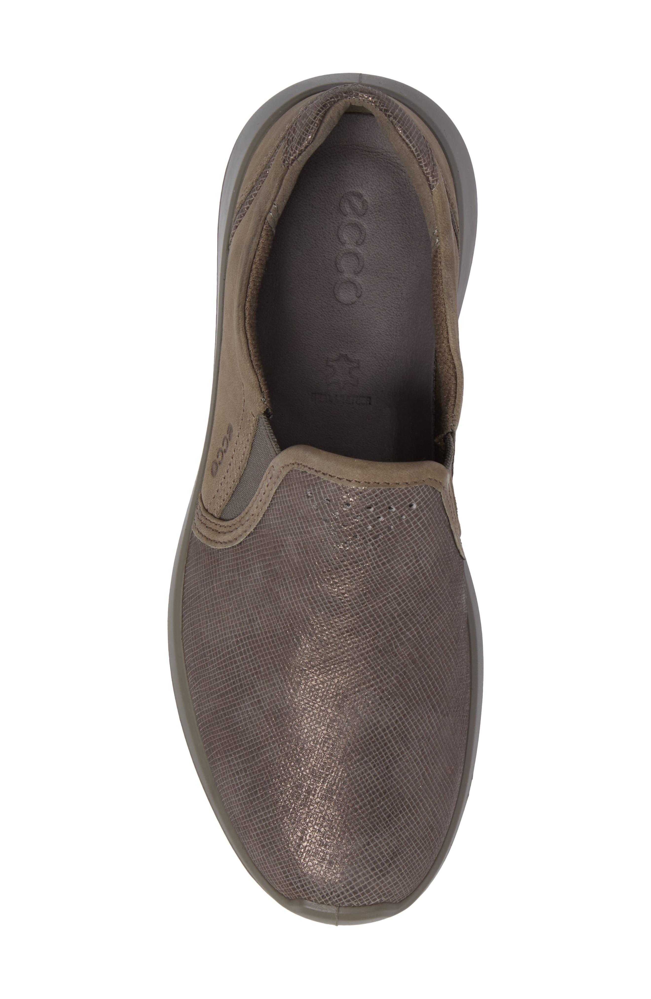 Soft 5 Slip-On Sneaker,                             Alternate thumbnail 5, color,                             082
