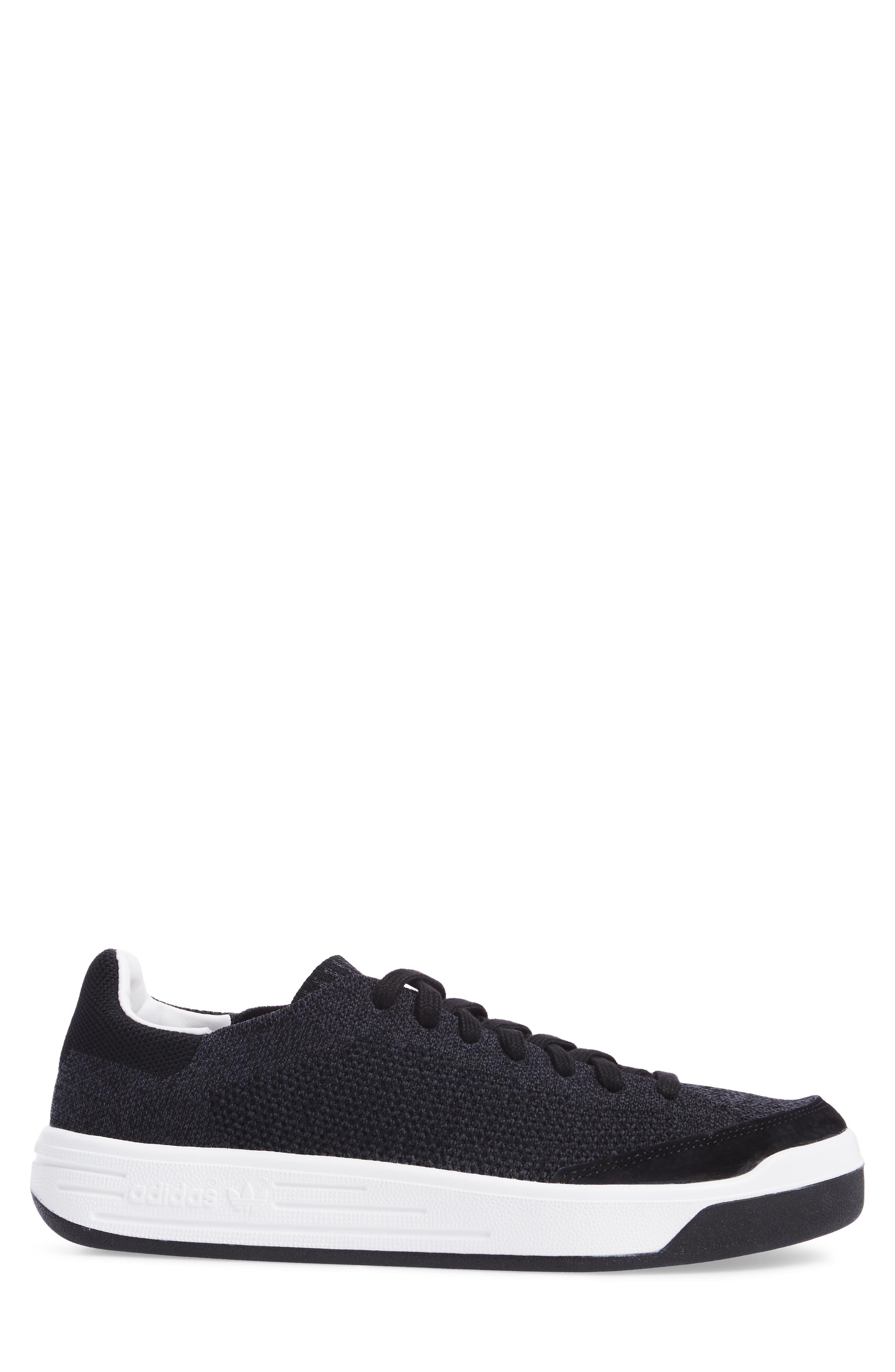 Rod Laver Super Primeknit Sneaker,                             Alternate thumbnail 3, color,                             001