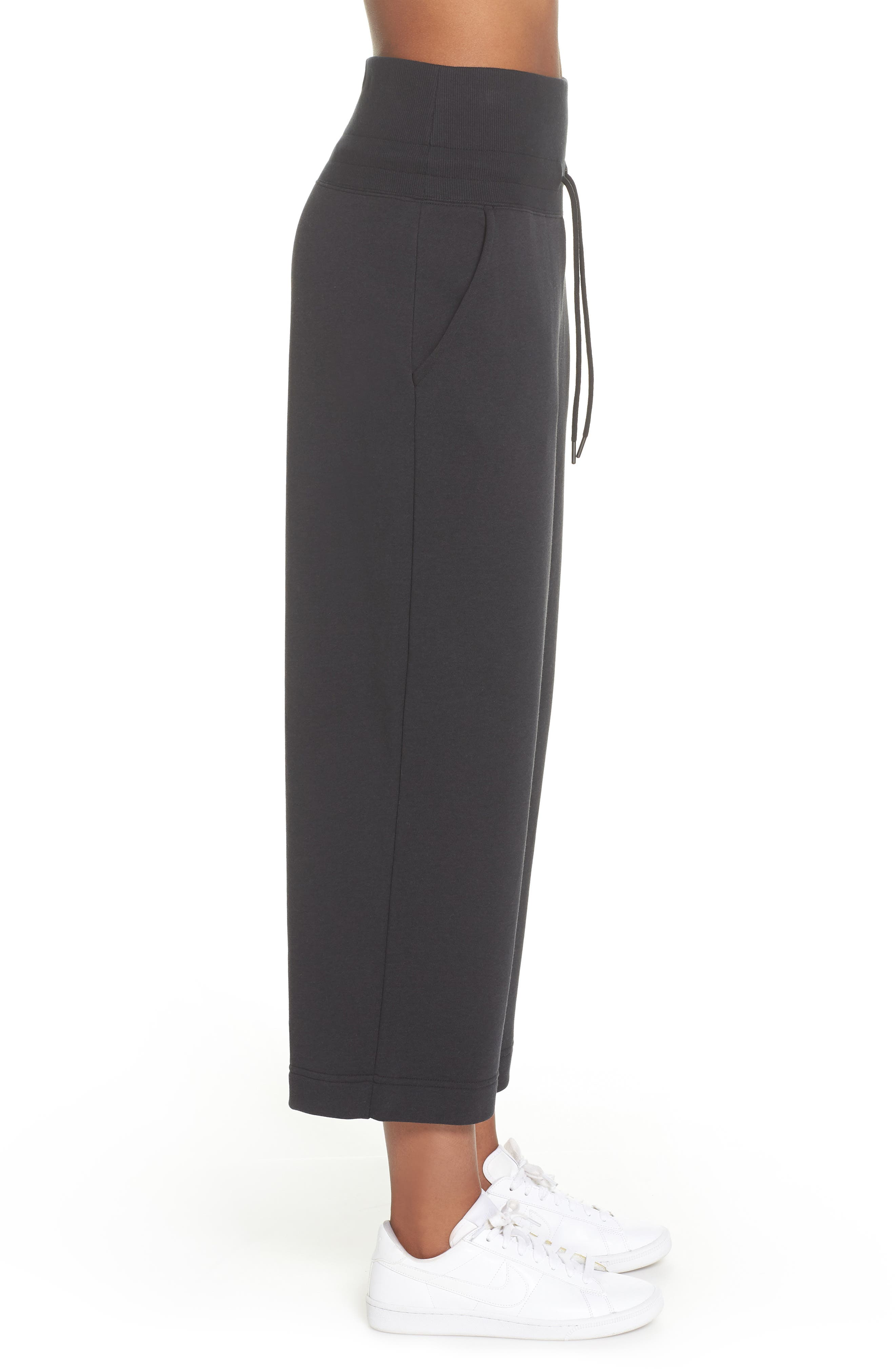 Sportswear Rally Cropped Pants,                             Alternate thumbnail 3, color,                             010