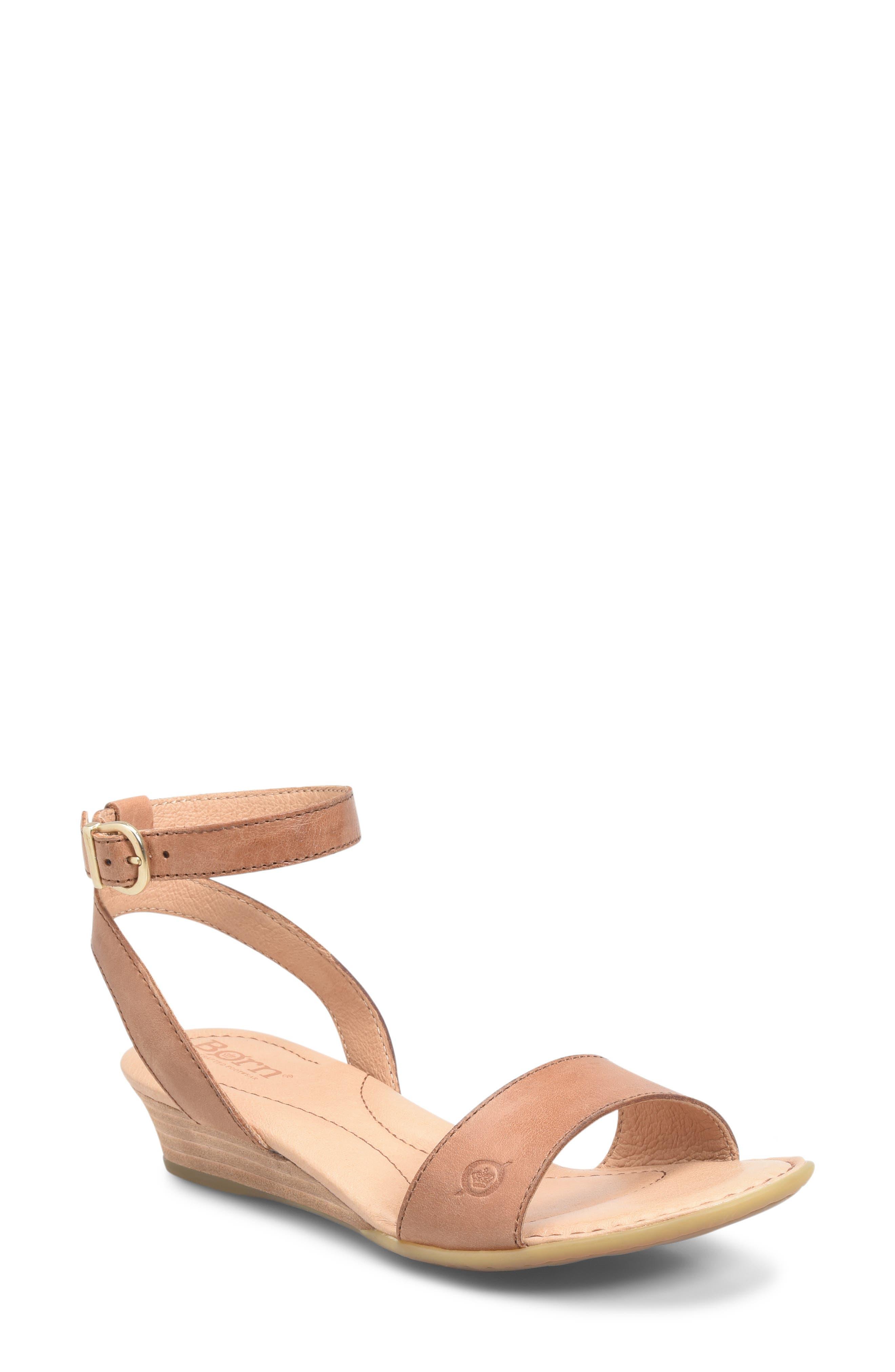 B?rn Sevier Wedge Sandal, Brown