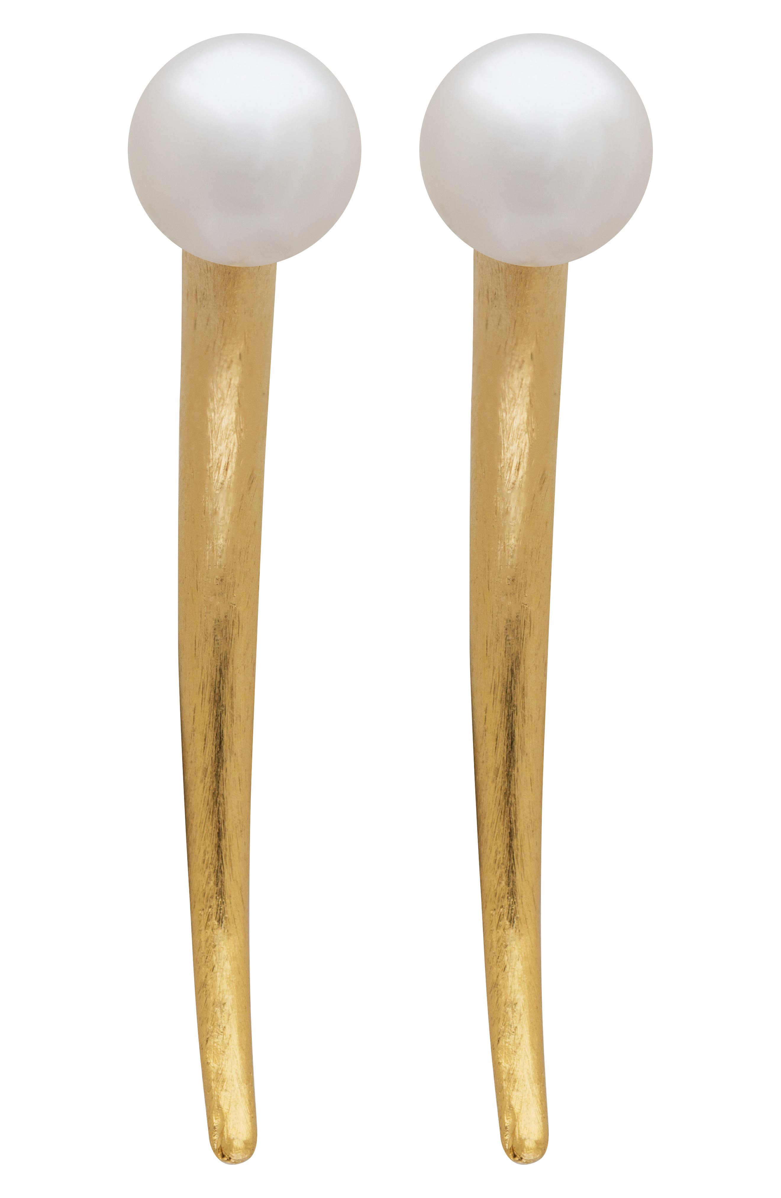 L. ERICKSON Simulated Pearl Spike Earrings in Cream Pearl/ Gold