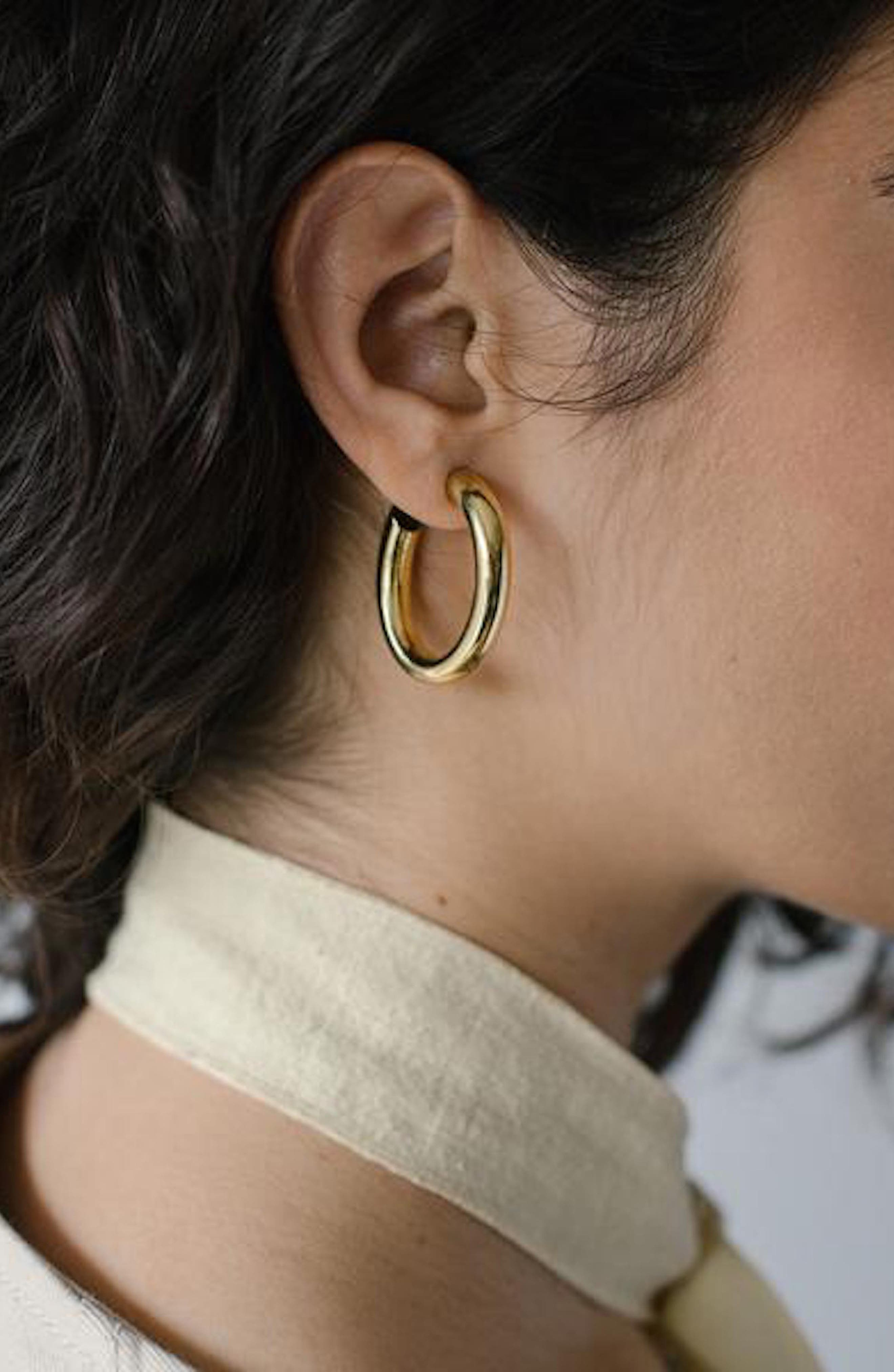 Mini Curve Earrings,                             Alternate thumbnail 3, color,                             710