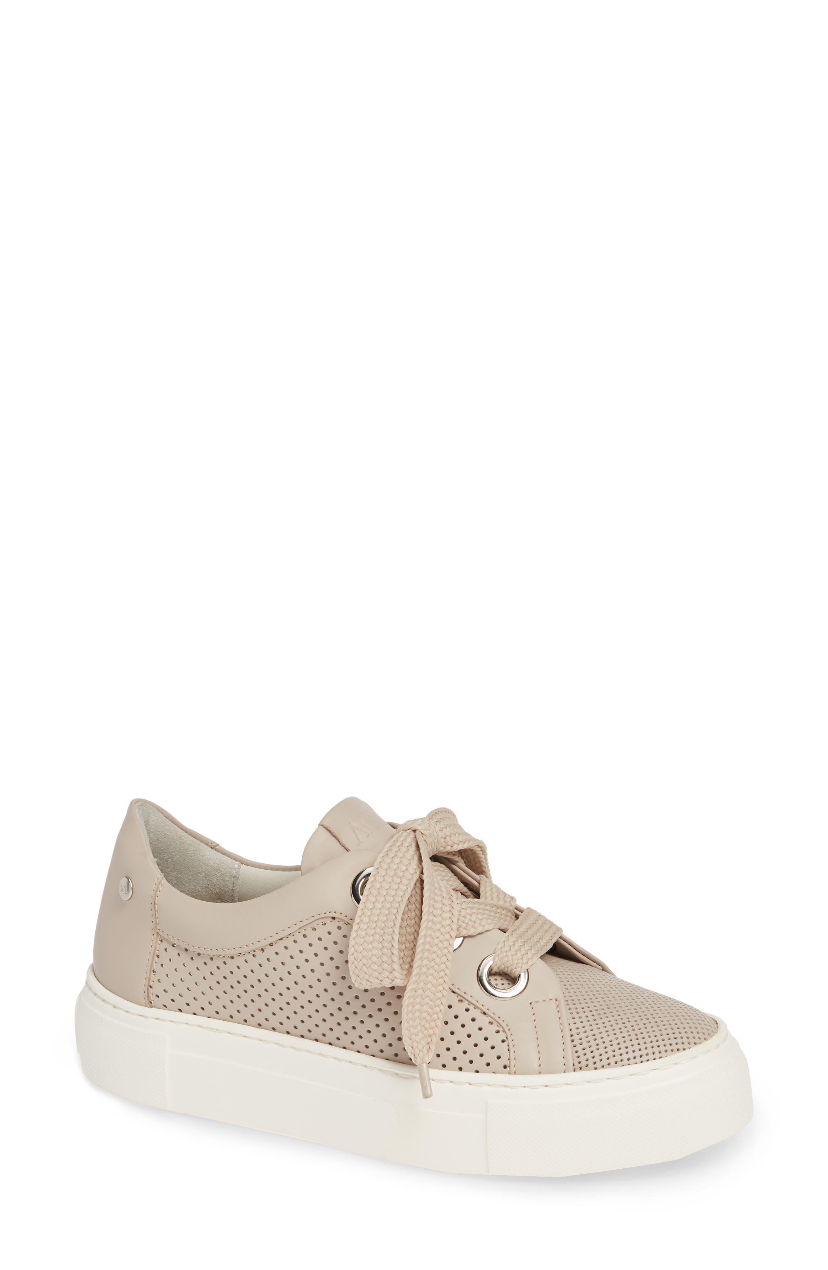 AGL ATTILIO GIUSTI LEOMBRUNI Perforated Platform Sneaker in Talc Leather