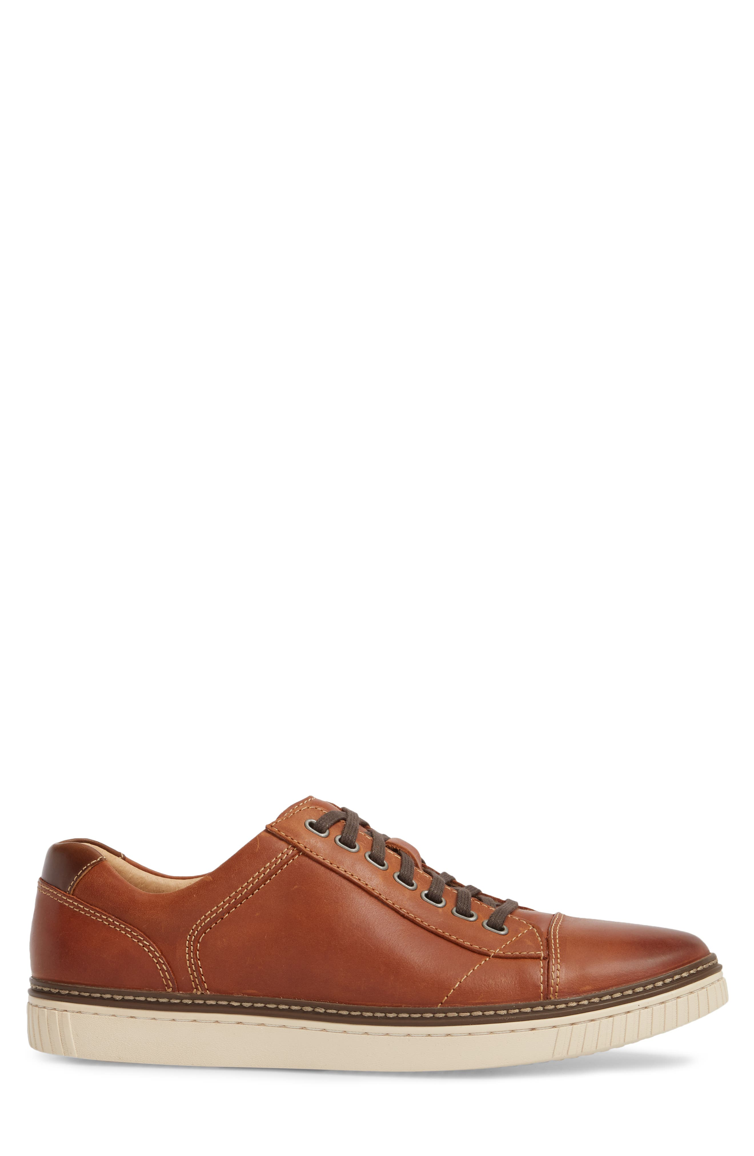 Wallace Low Top Sneaker,                             Alternate thumbnail 3, color,                             TAN NUBUCK