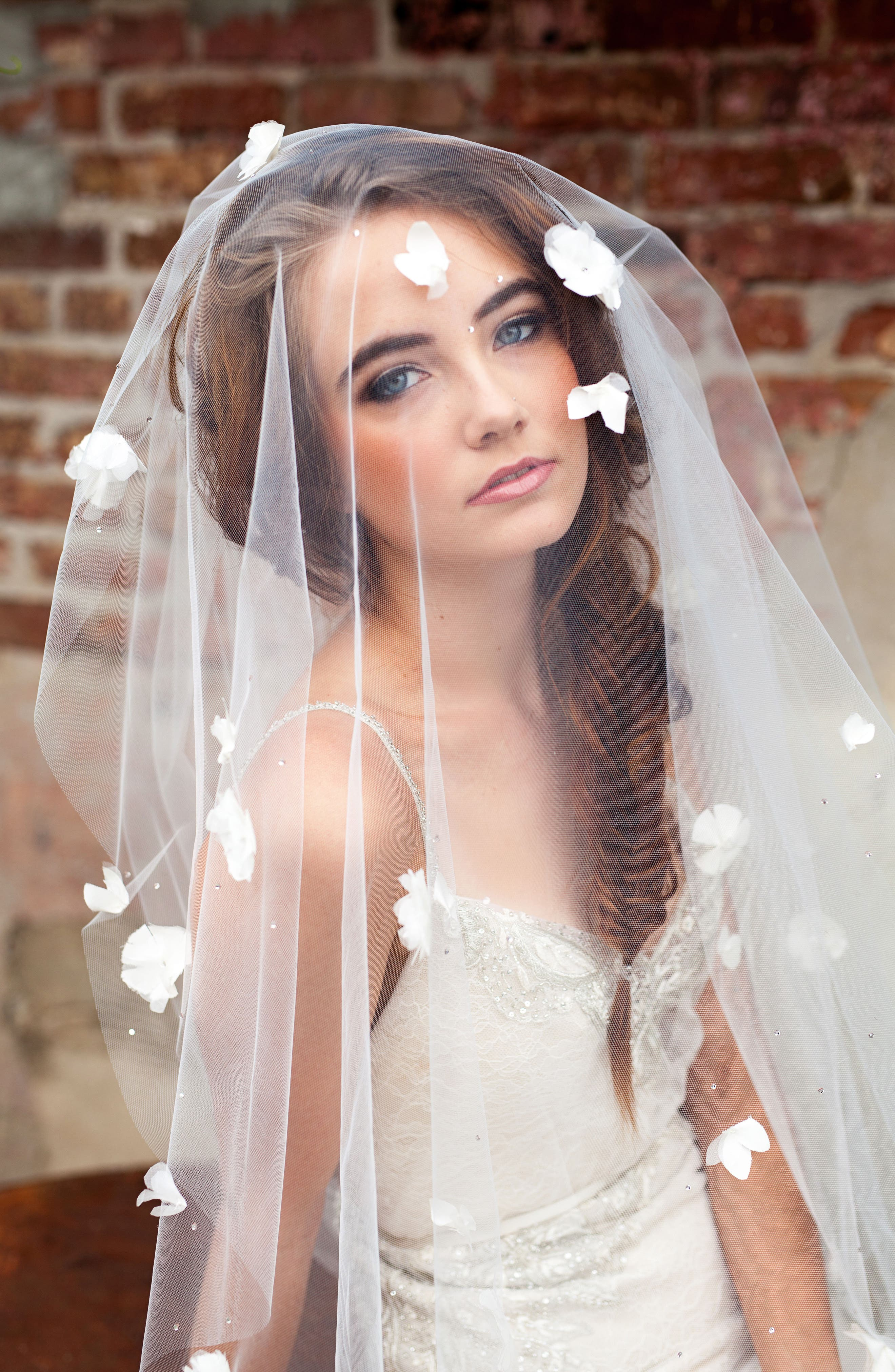 Fleet Embellished Bridal Veil,                             Alternate thumbnail 2, color,                             LIGHT IVORY