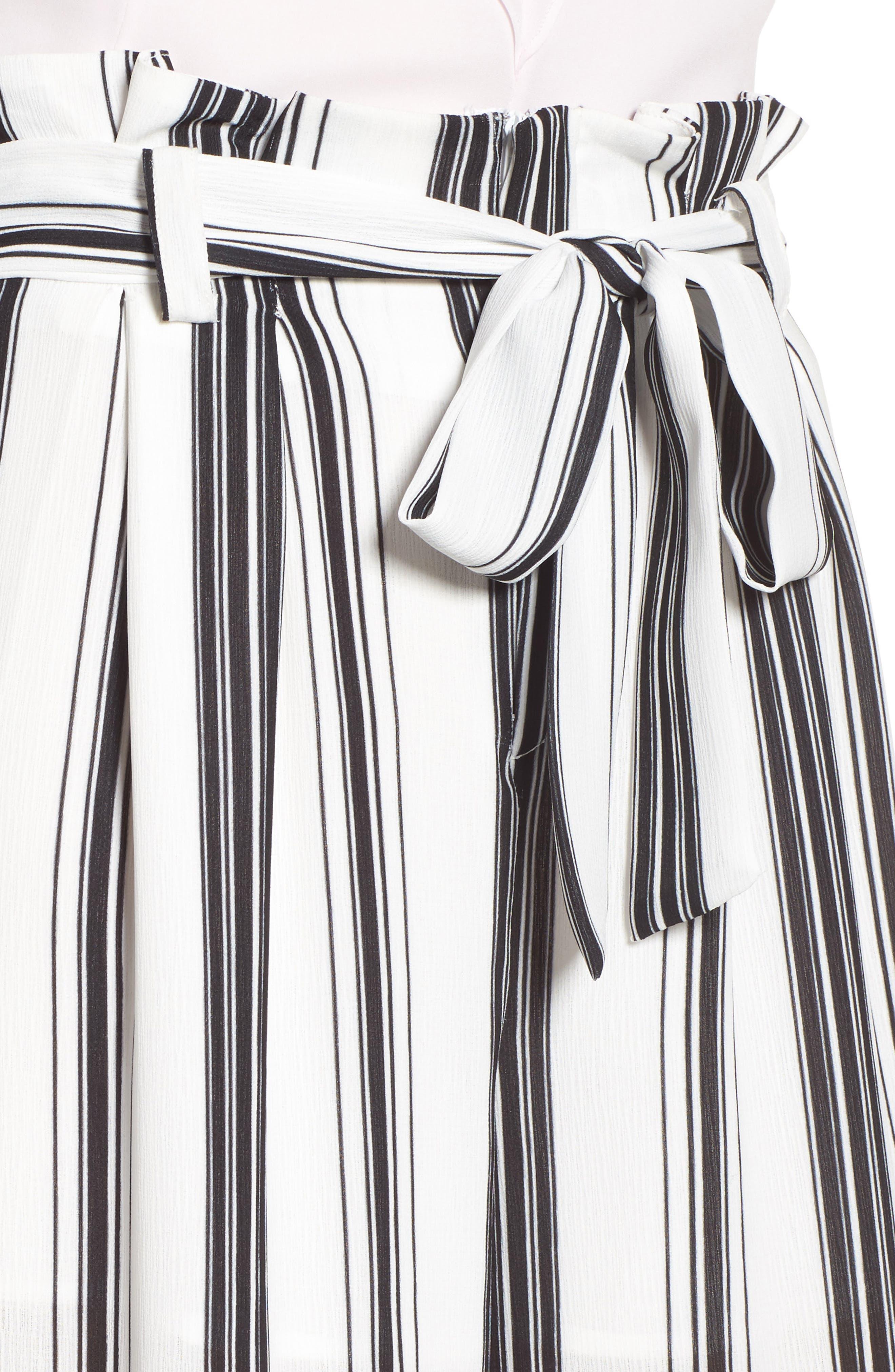 Paperbag Waist Wide Leg Crop Pants,                             Alternate thumbnail 4, color,                             001