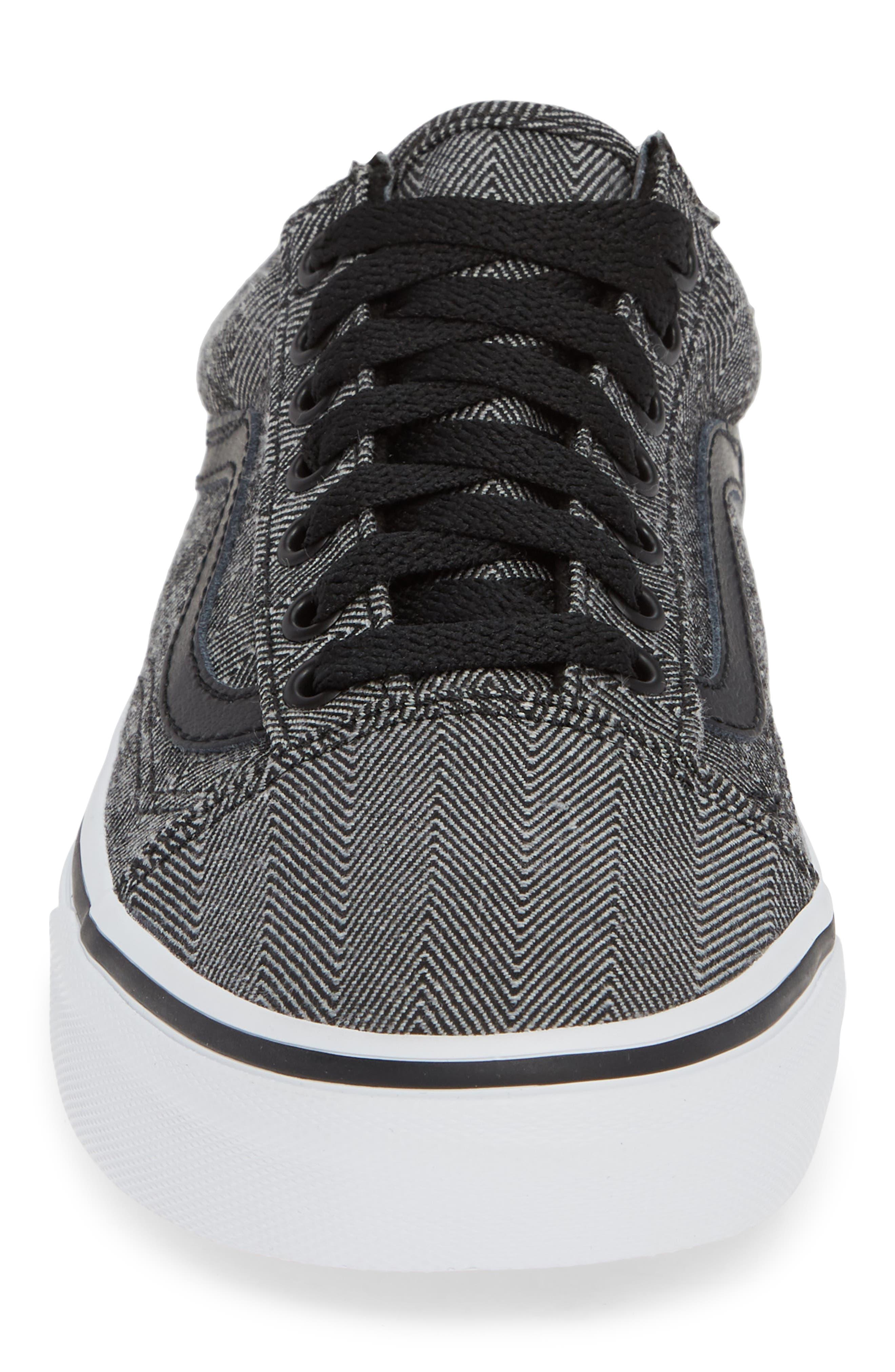 UA Old Skool Sneaker,                             Alternate thumbnail 4, color,                             BLACK/ TRUE WHITE