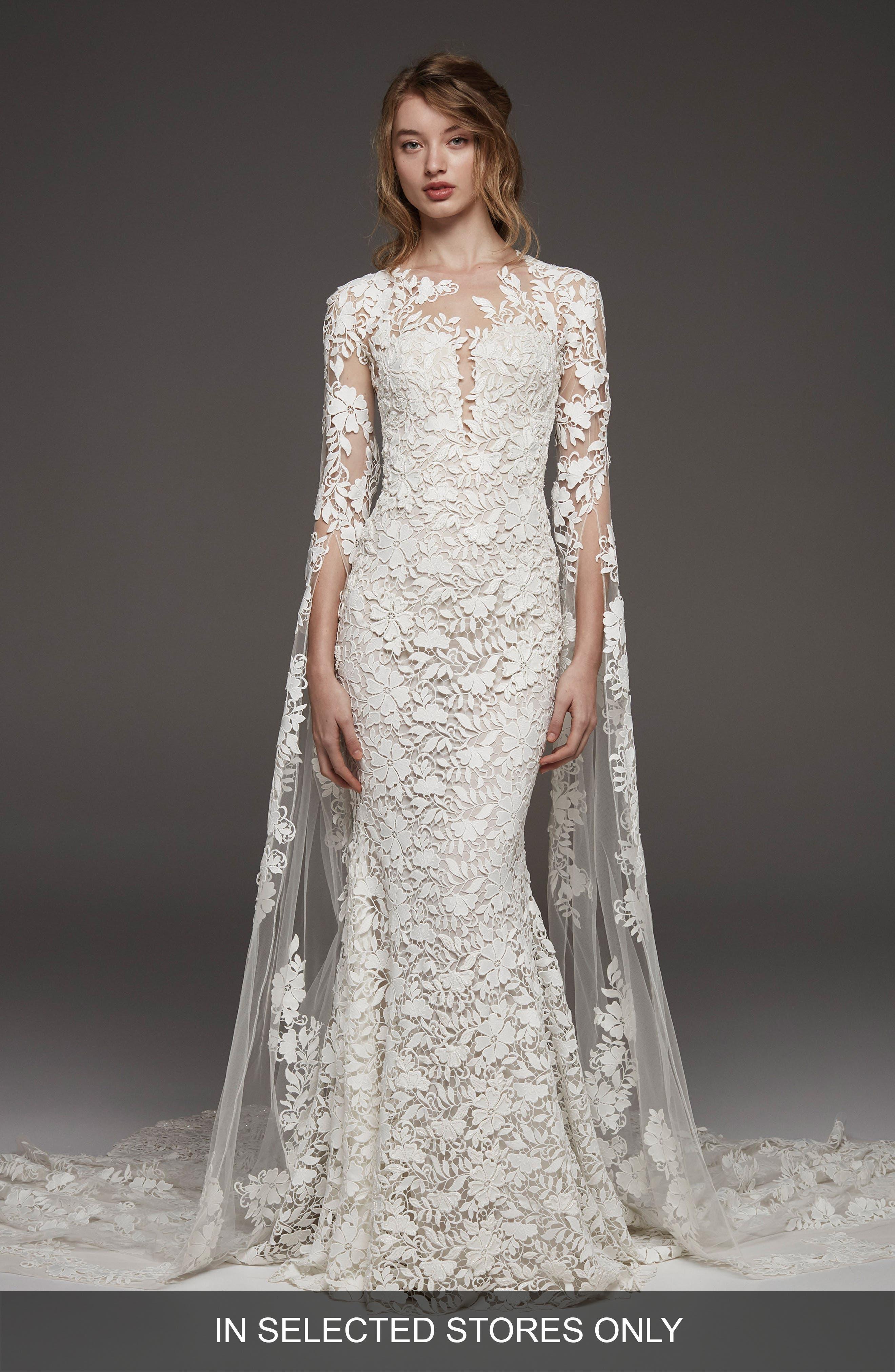 64ca54fe5d3 Altelier Pronovias Himalaya Sleeveless Lace Gown