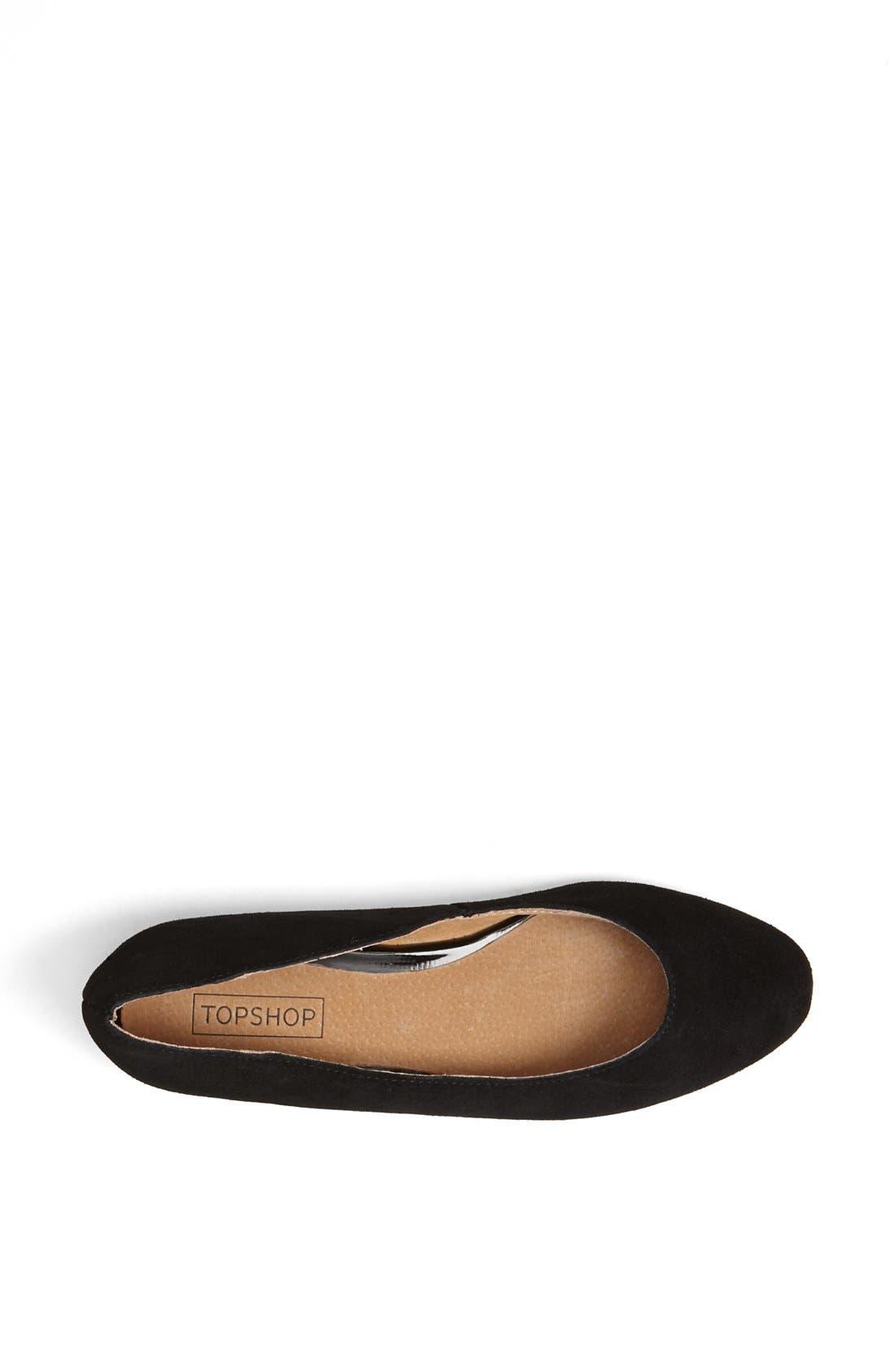 'Mello Mini Wedge' Court Shoe,                             Alternate thumbnail 2, color,                             001
