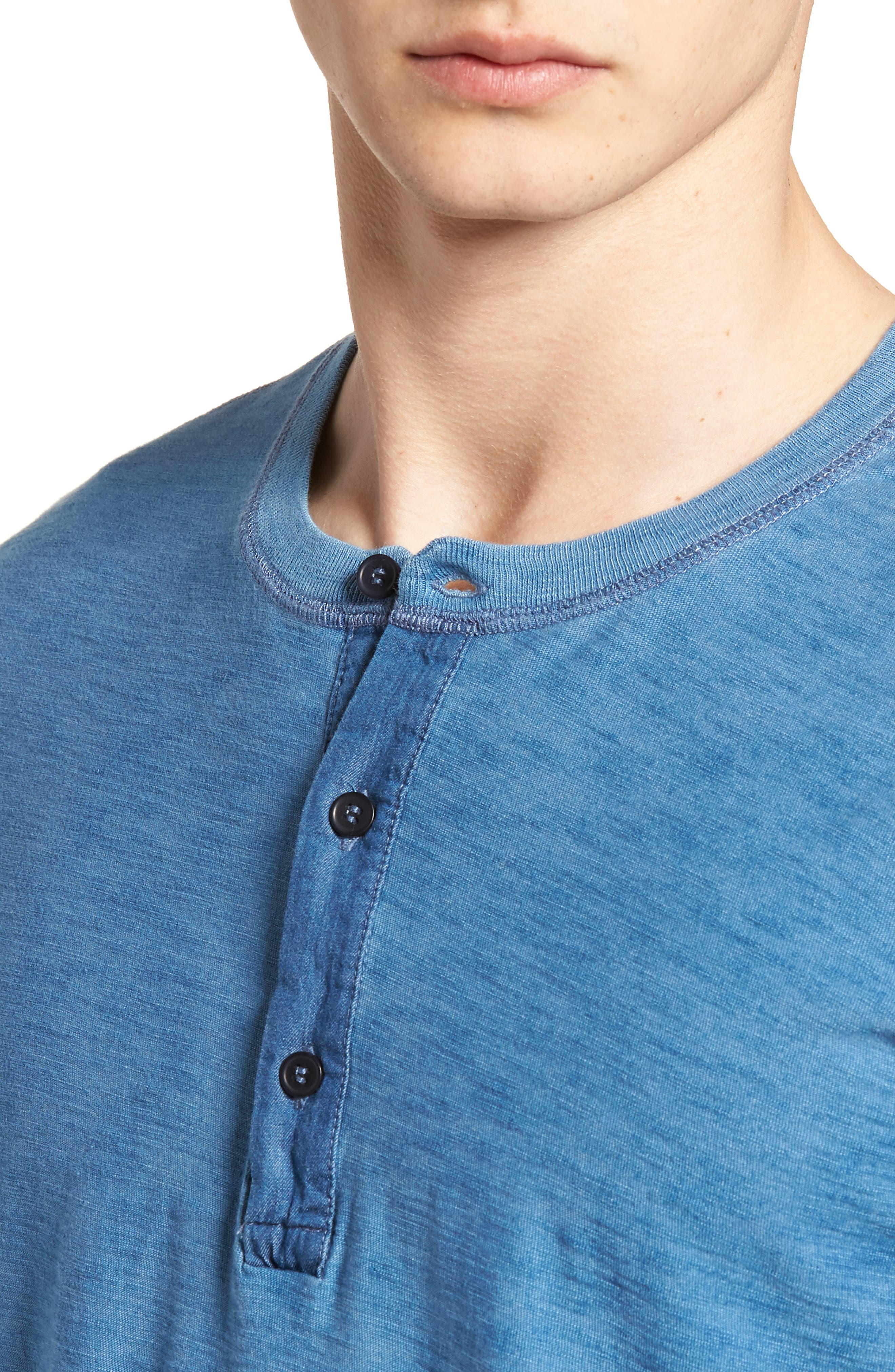 LEVI'S<SUP>®</SUP> MADE & CRAFTED<SUP>™</SUP>,                             Henley,                             Alternate thumbnail 4, color,                             420