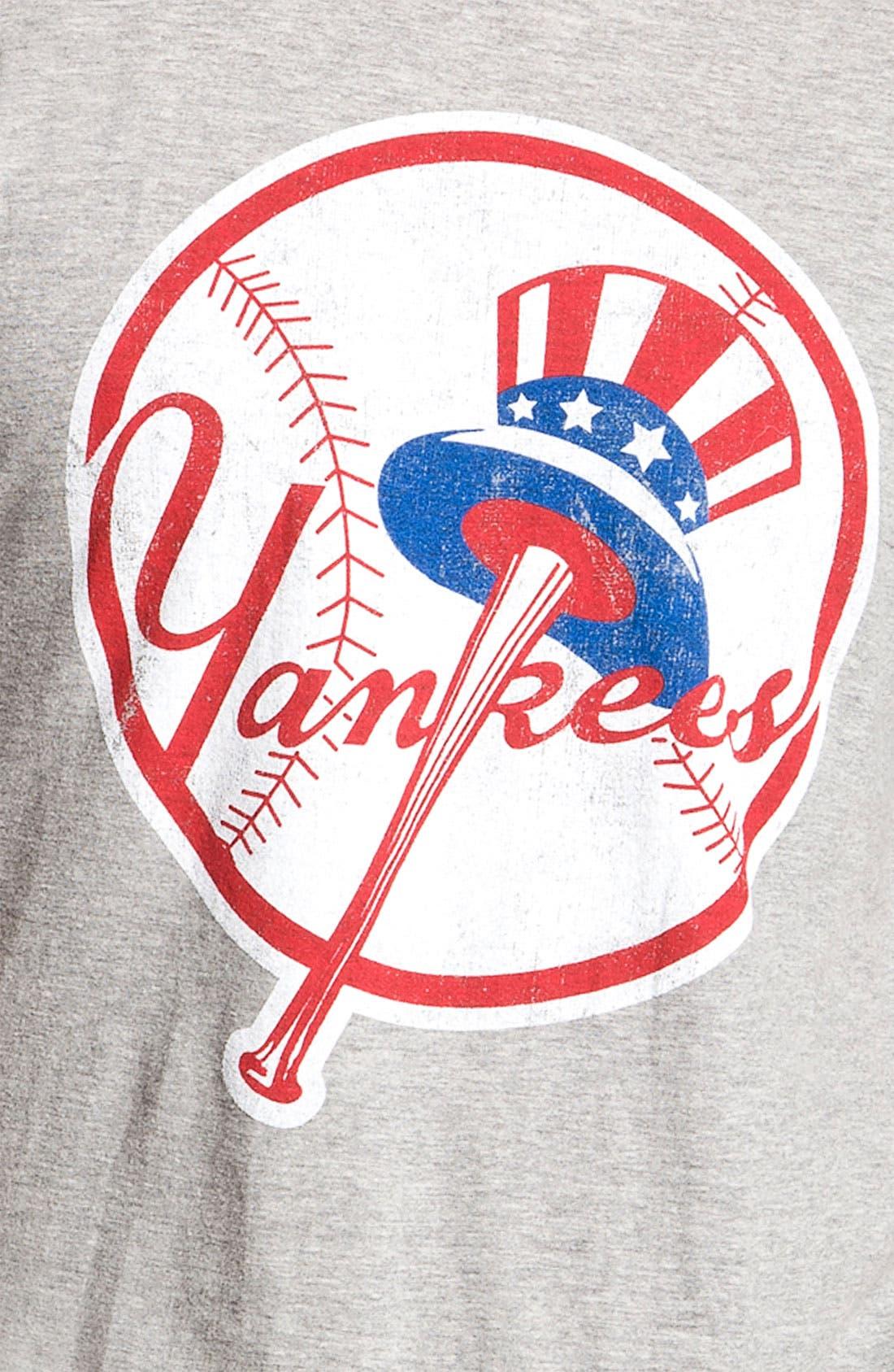 'New York Yankees' Graphic T-Shirt,                             Alternate thumbnail 2, color,                             060