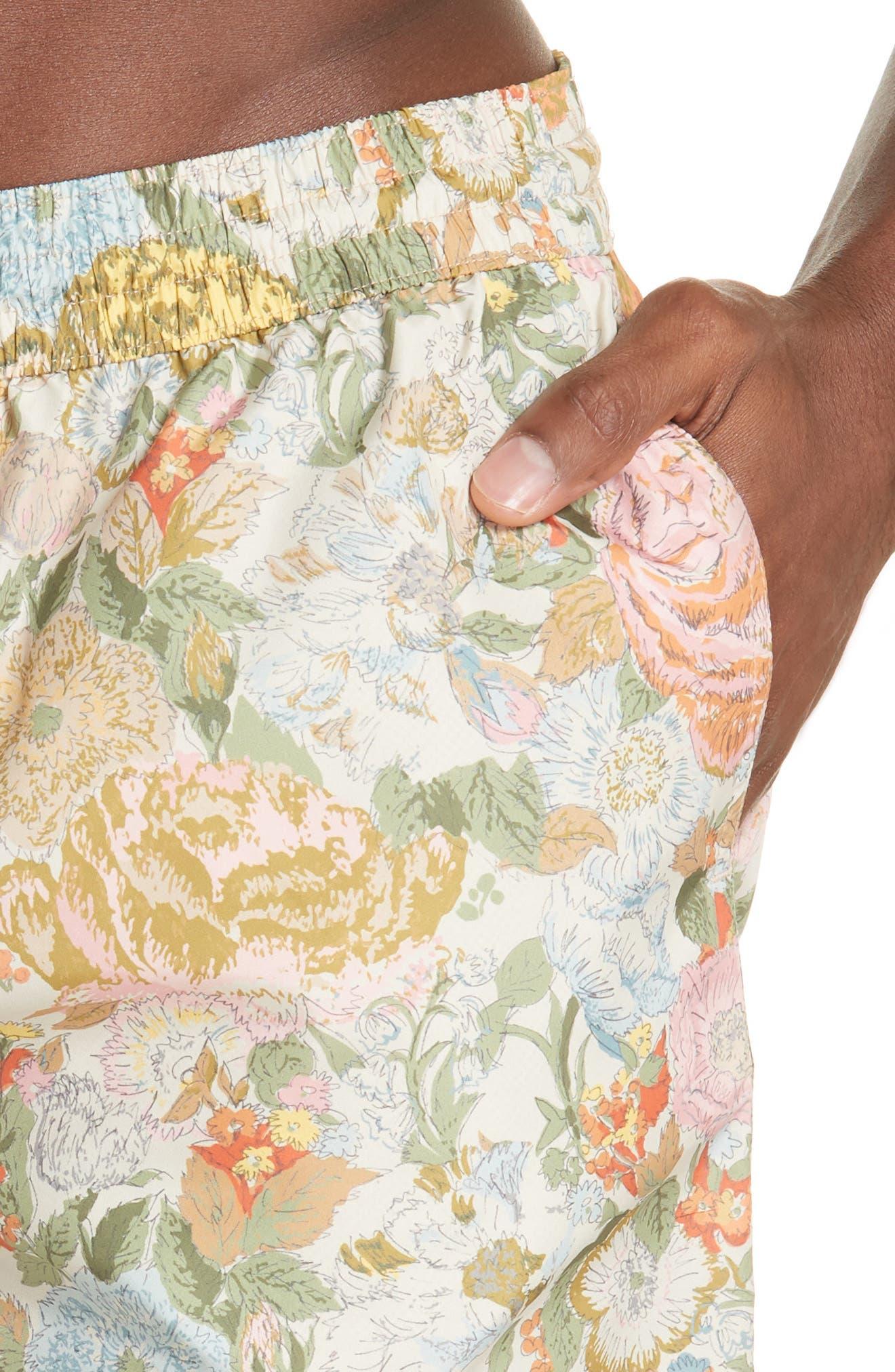 Guildes Floral Print Swim Trunks,                             Alternate thumbnail 4, color,                             800