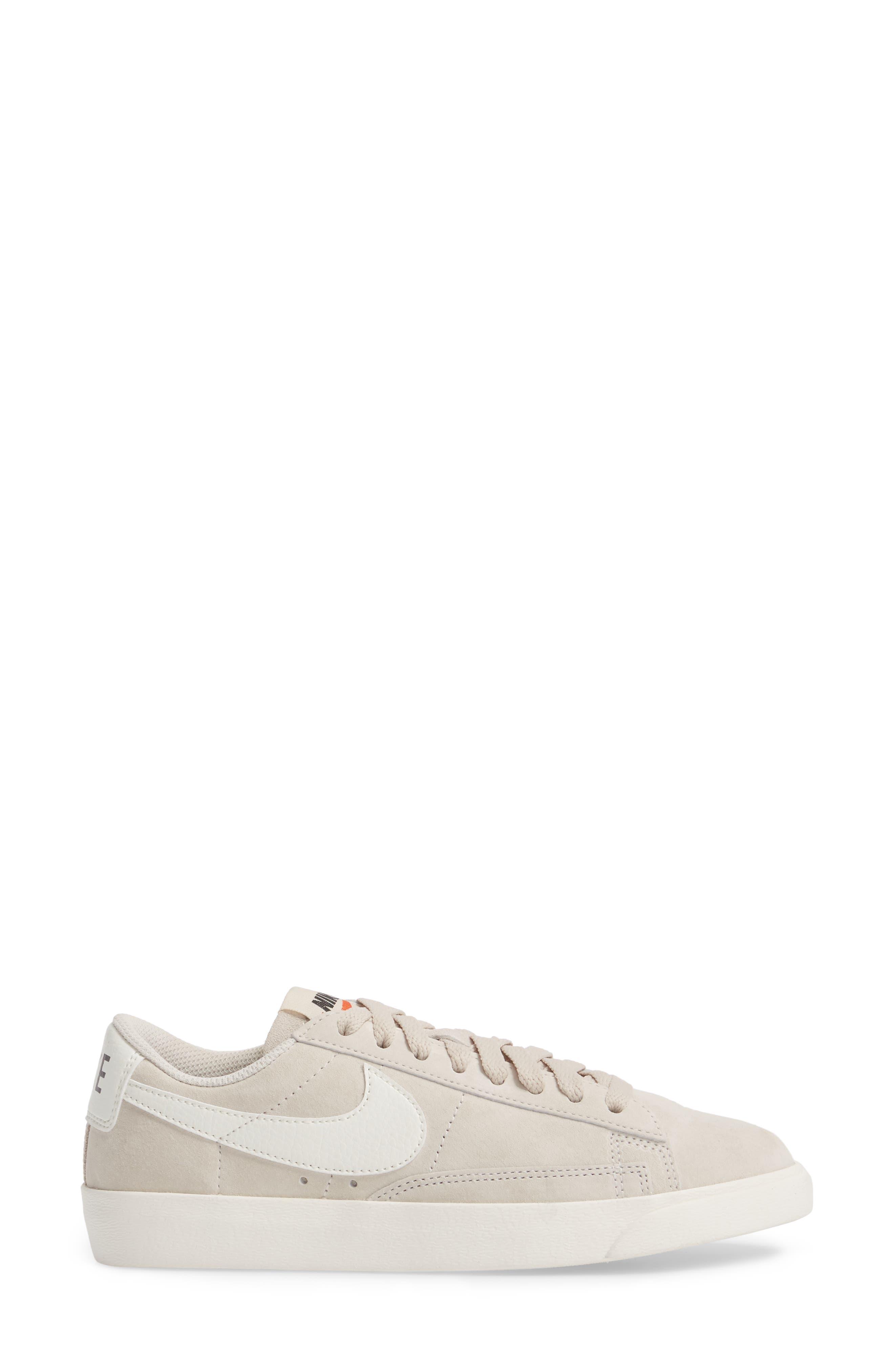 Blazer Low Sneaker,                             Alternate thumbnail 11, color,