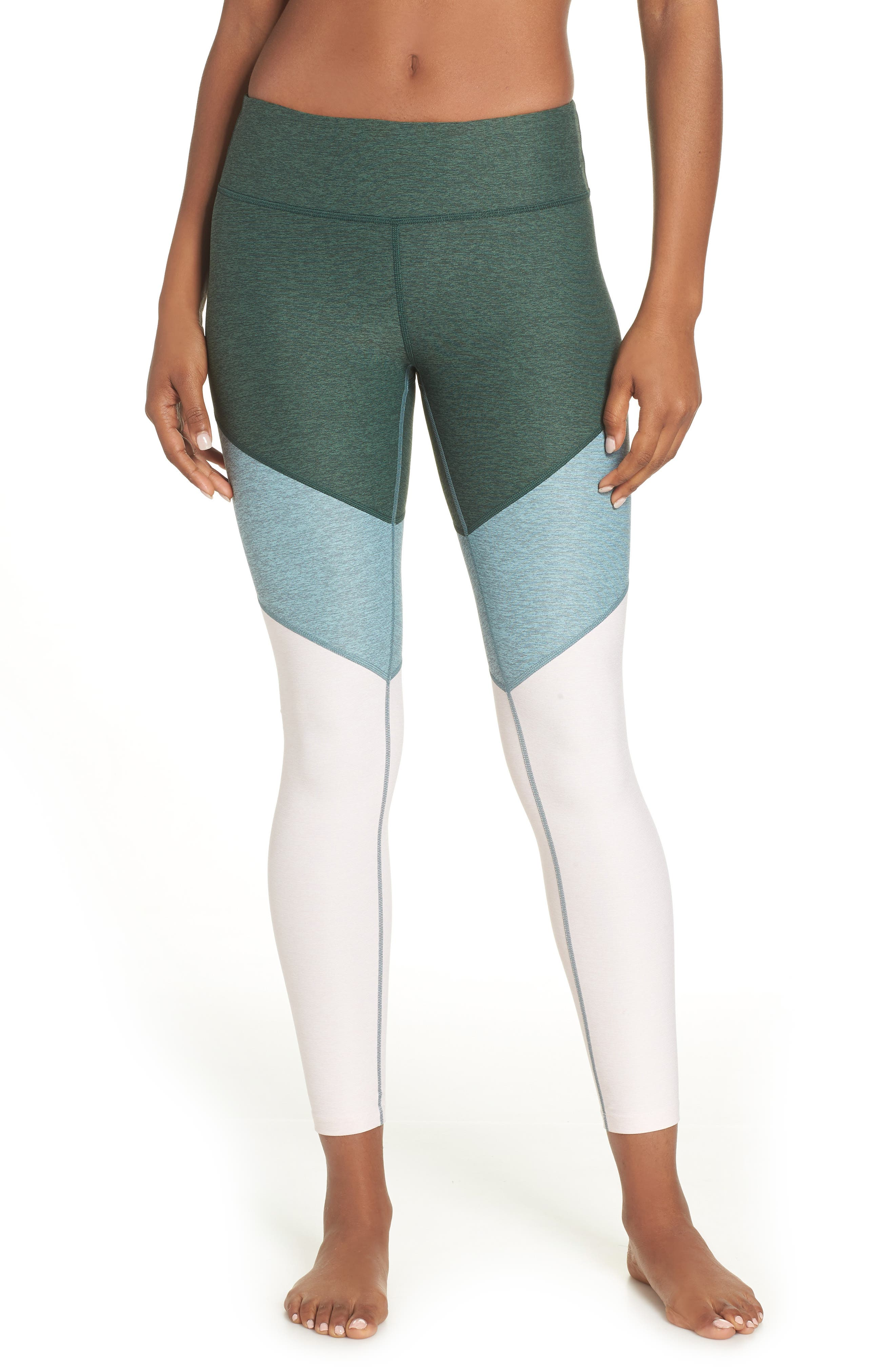 Outdoor Voices 7/8 Springs Leggings, Green